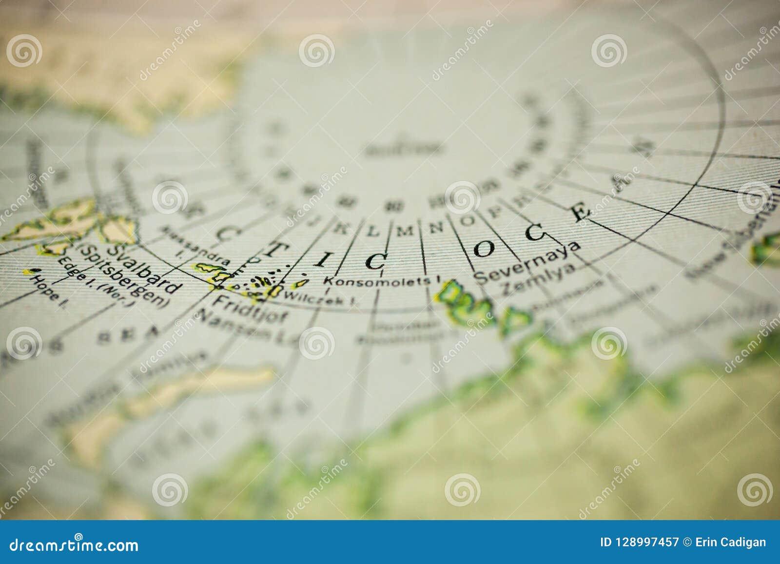 Nordlicher Polarkreis Auf Karte Stockbild Bild Von Horizontal