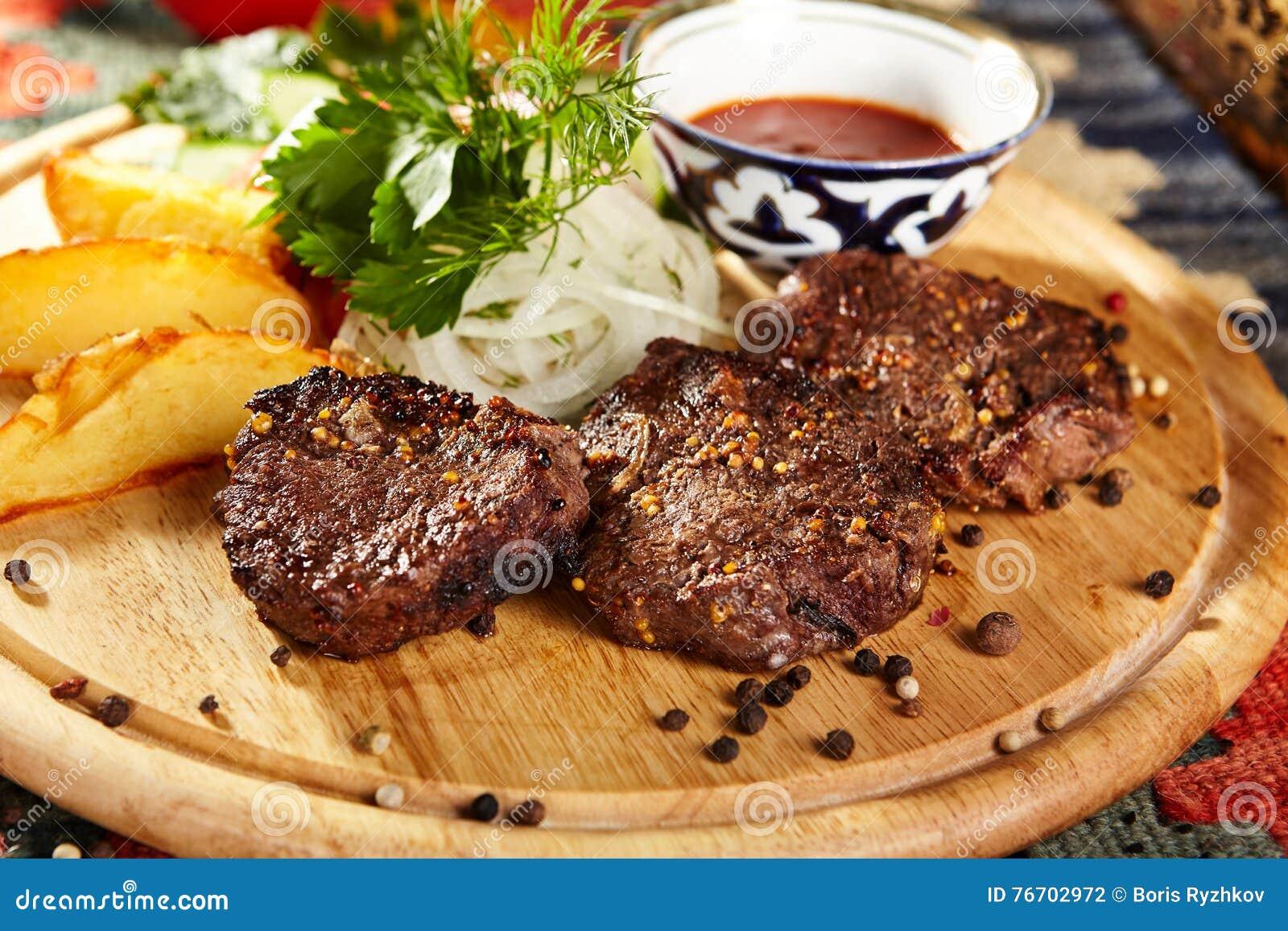 Nötkött grillade steaks