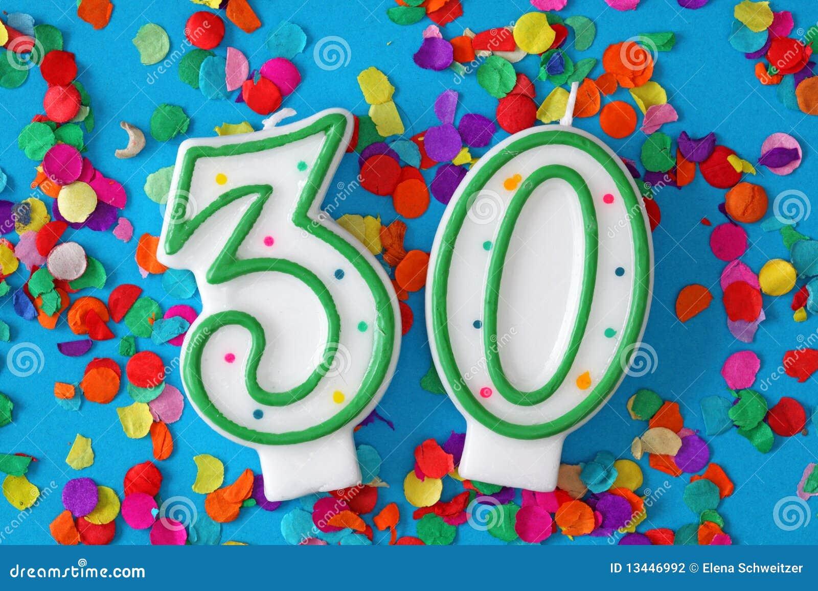 Número vela de trinta aniversários