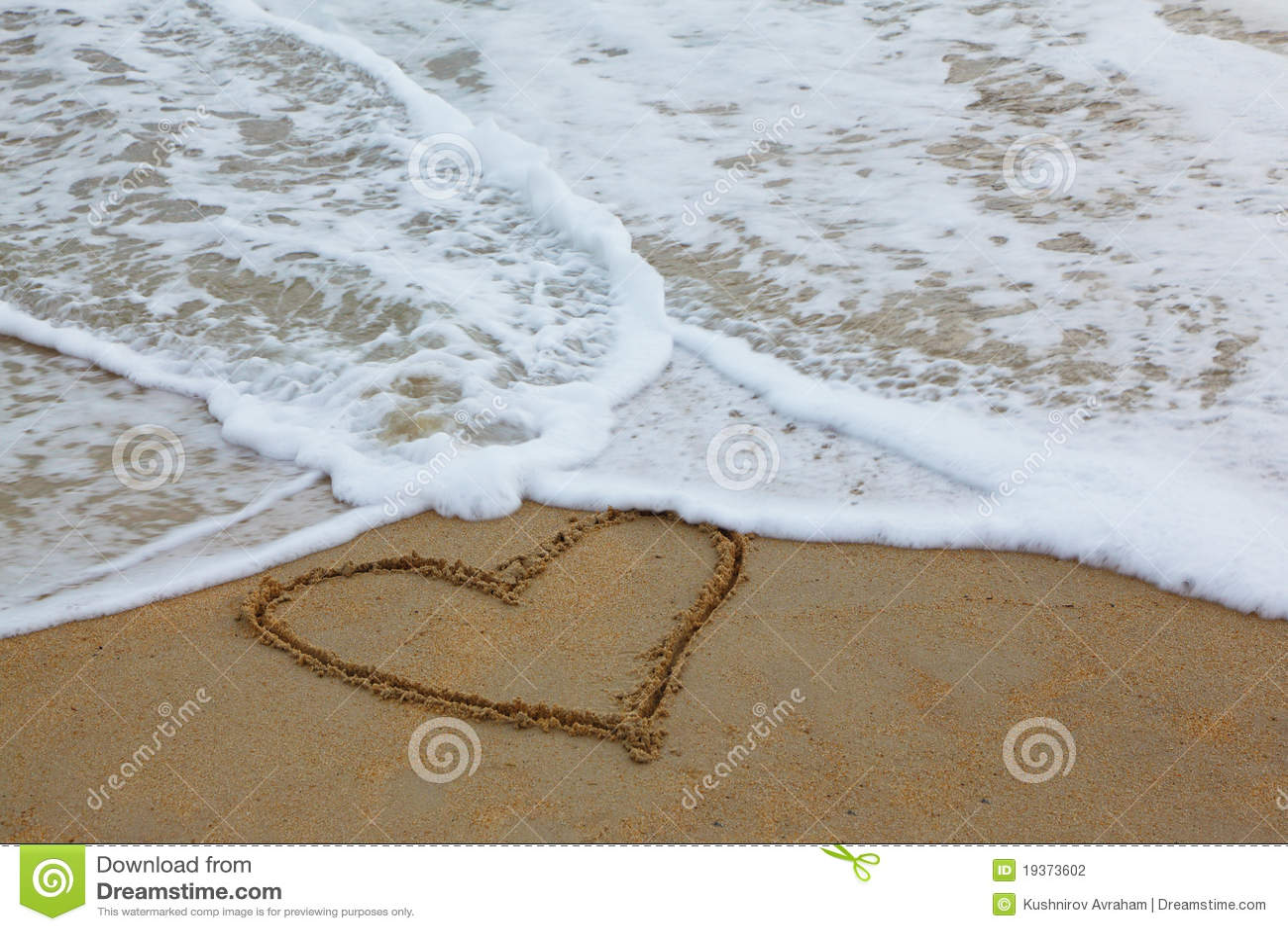 Na areia desenhada de cor