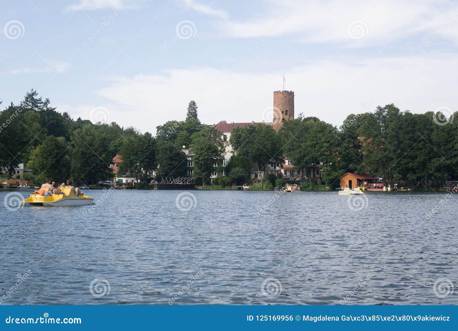 Na jeziorze w Polska