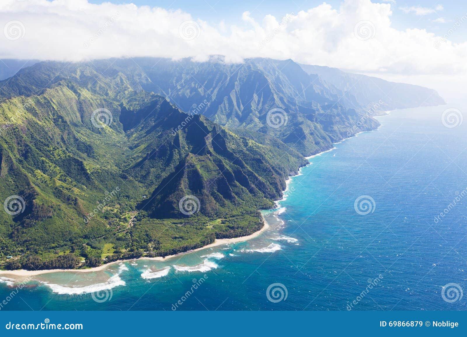 Na pali coast at kauai