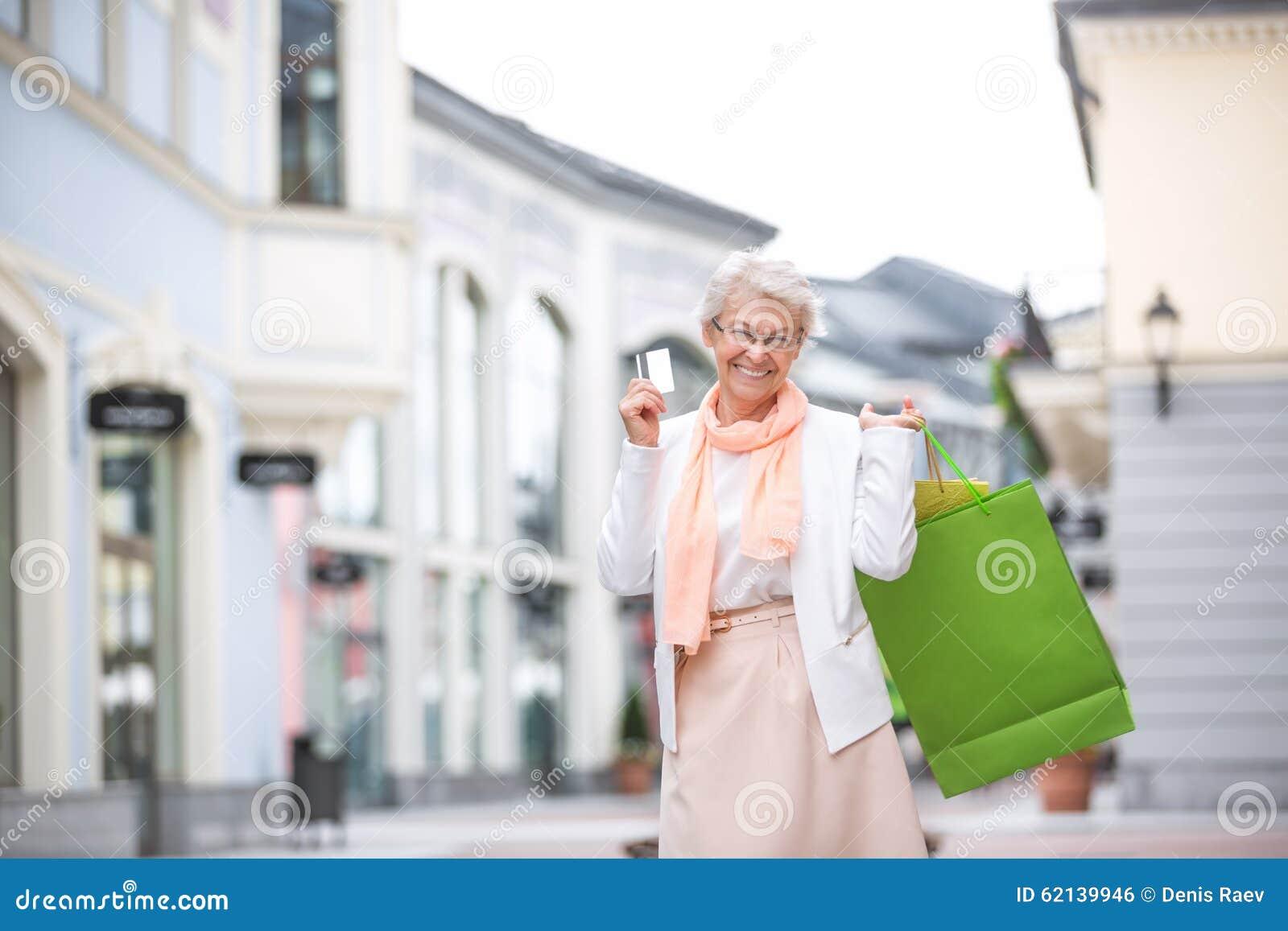 Na zakupy