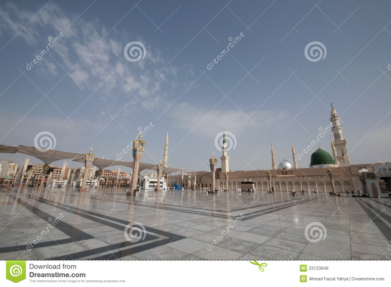 Pilgrims walk at the Nabawi Mosque compound in Medina, Saudi Arabia ...