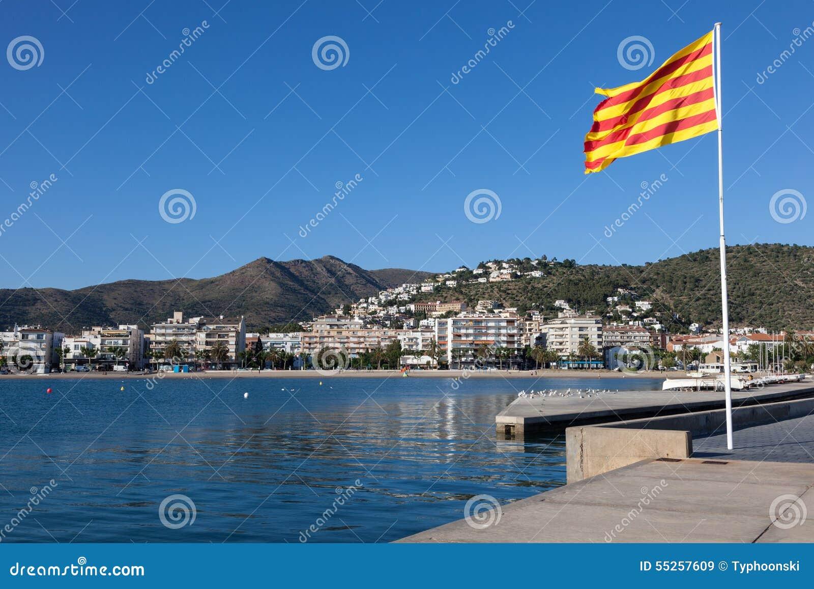 Nabrzeże deptak w różach, Hiszpania