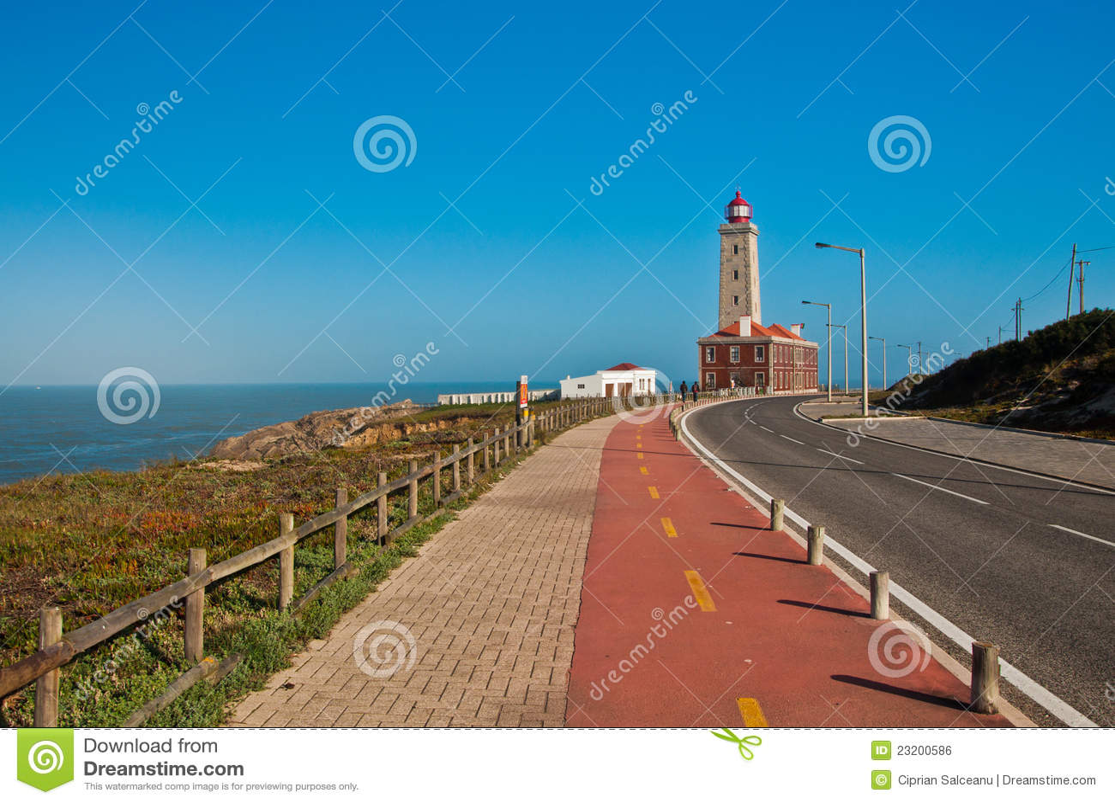 Nabrzeżna latarnia morska