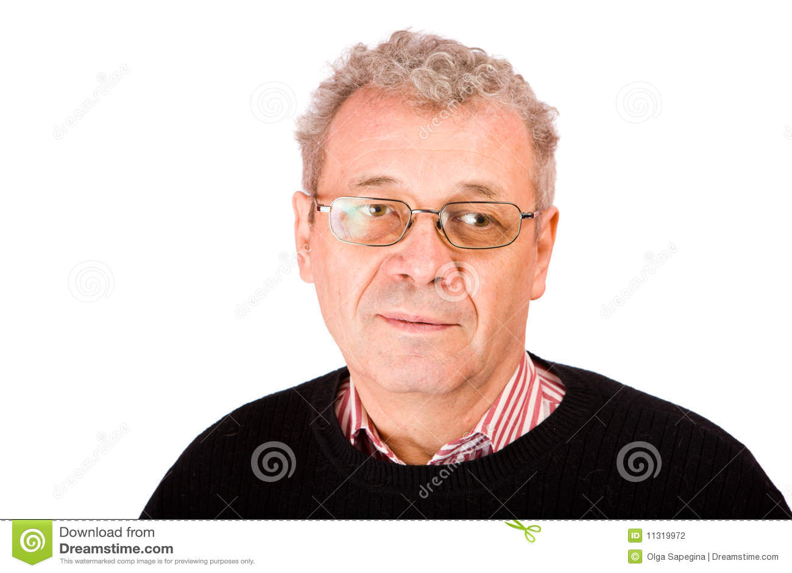 Nachdenklicher älterer Mann