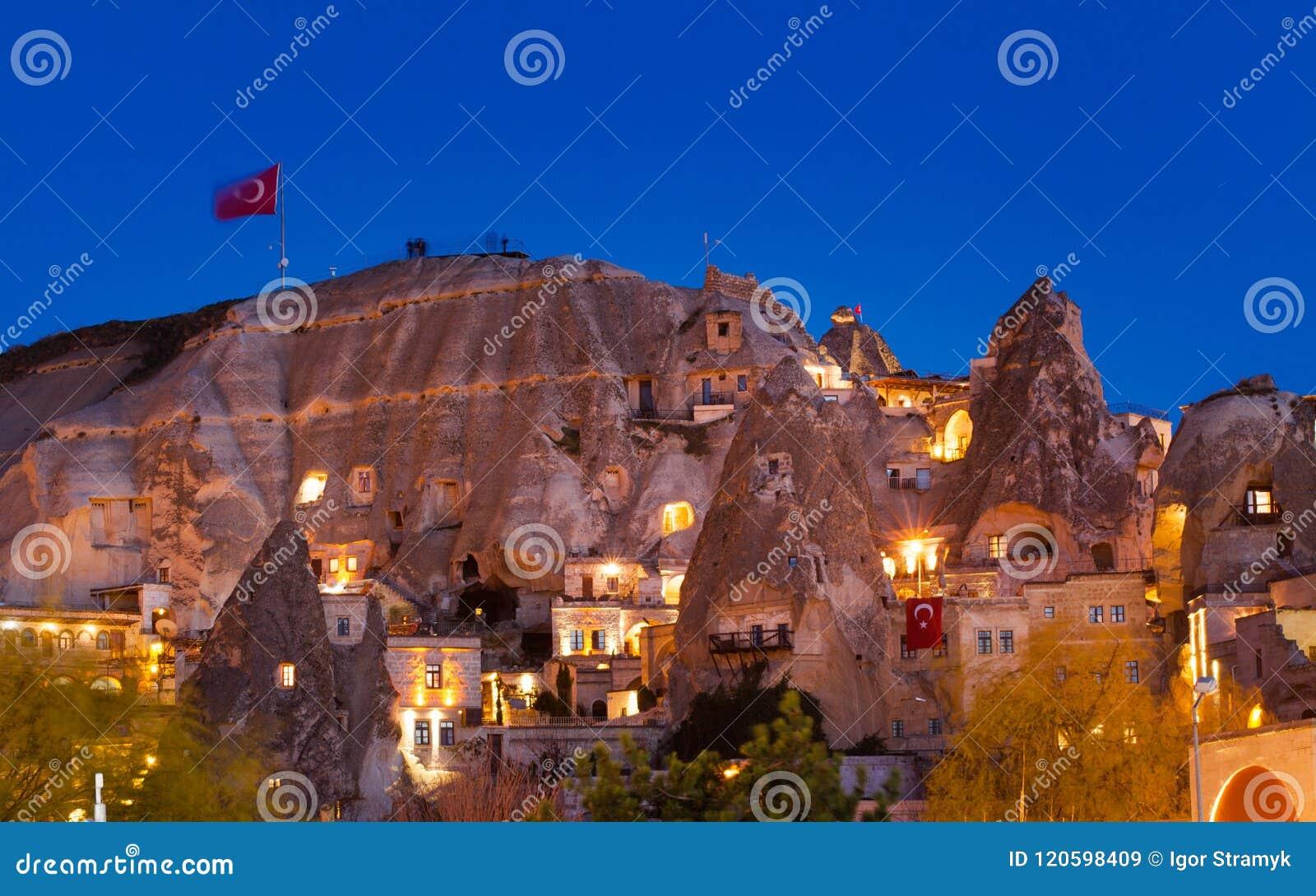 Nacht-Goreme-Stadt, die Türkei