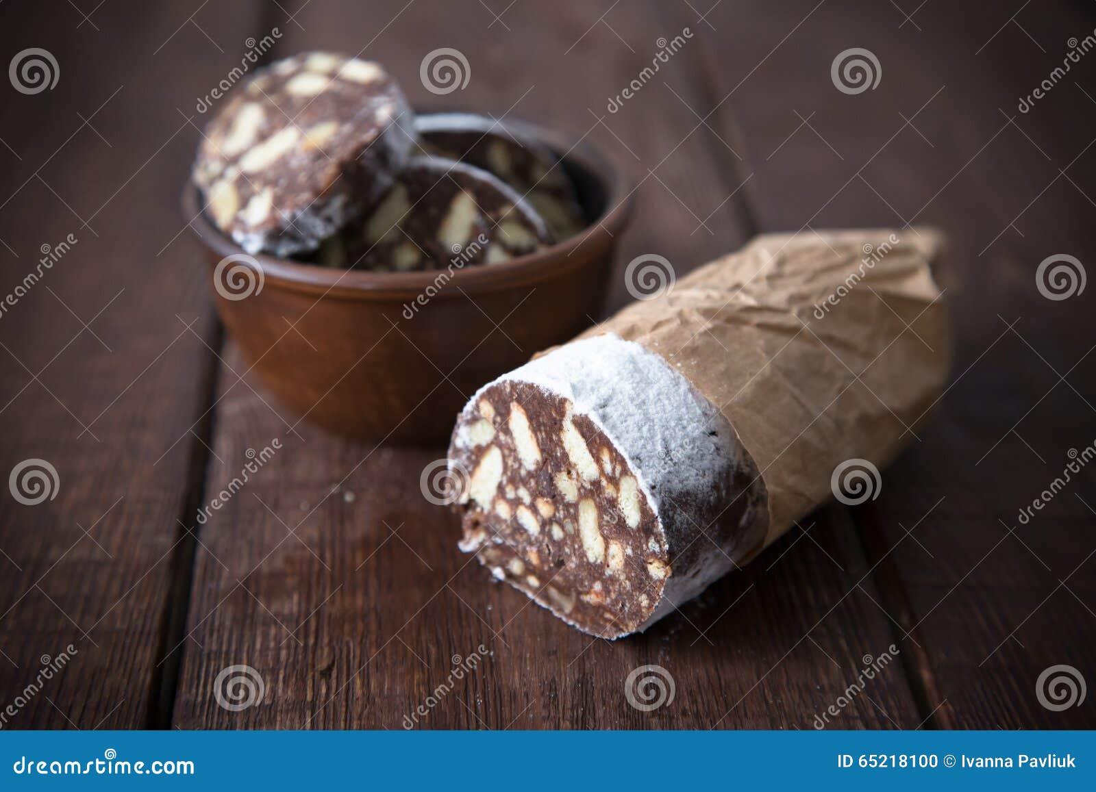 nachtisch von pl tzchen von schokolade von kaffee und von milch stockfoto bild 65218100. Black Bedroom Furniture Sets. Home Design Ideas