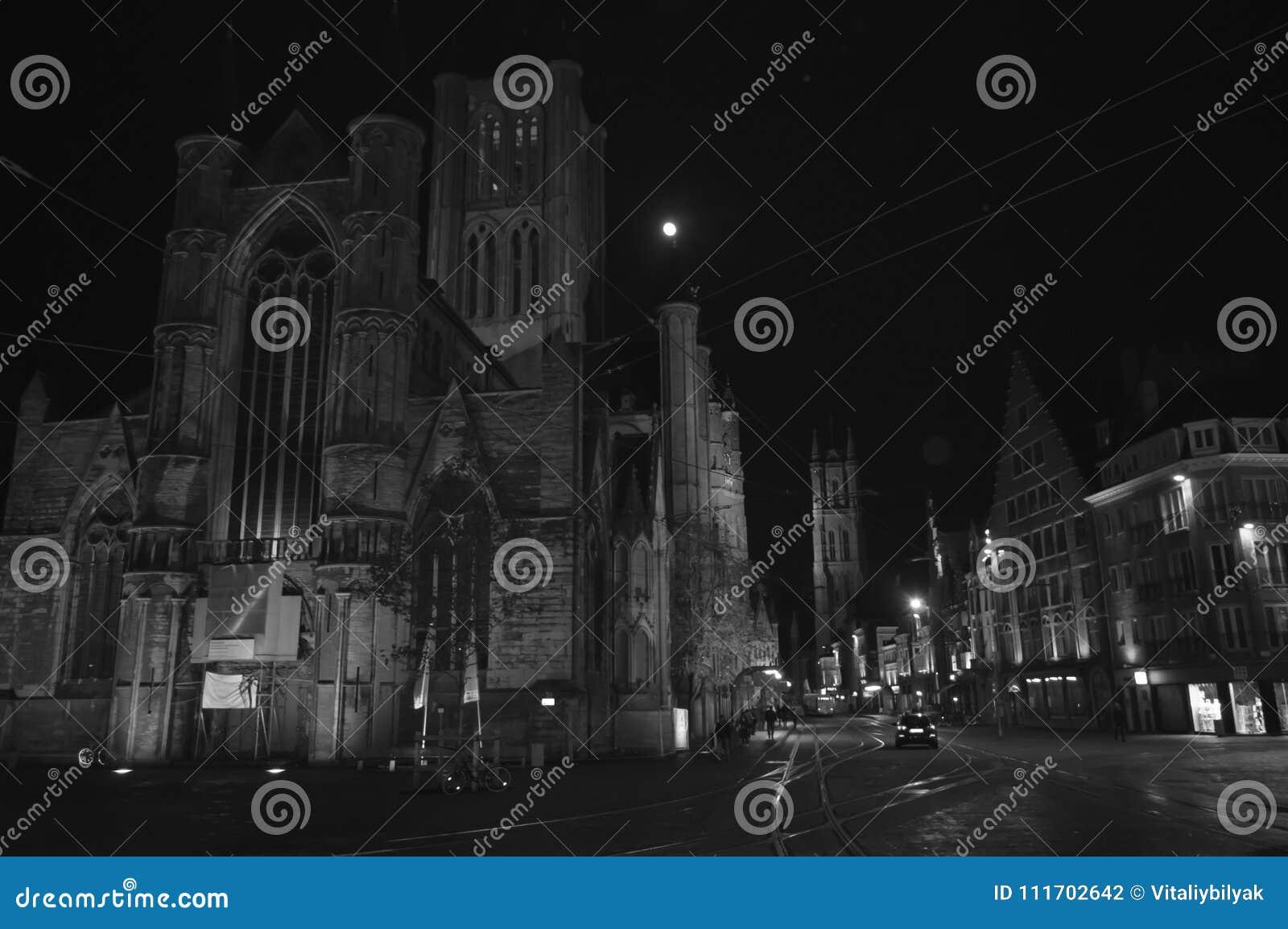 Nachtmening in Korenmarkt in Gent, België op 5 November, 2017