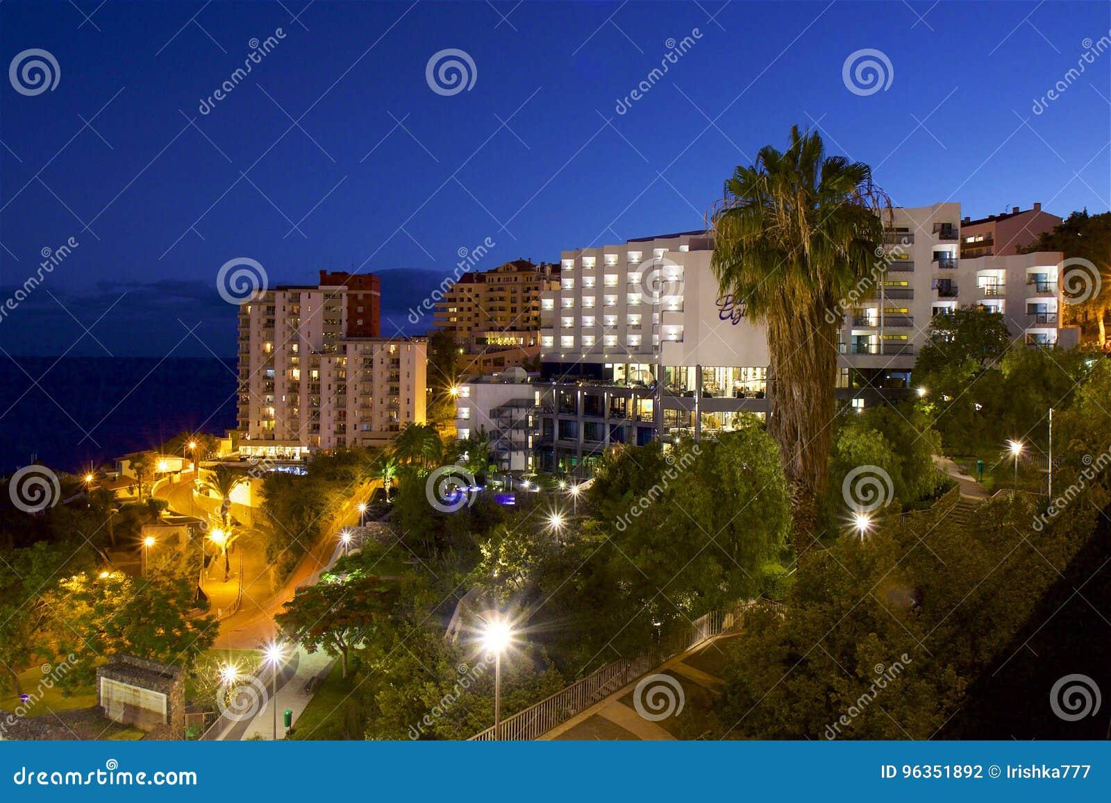 Nachtmening van Funchal, Madera