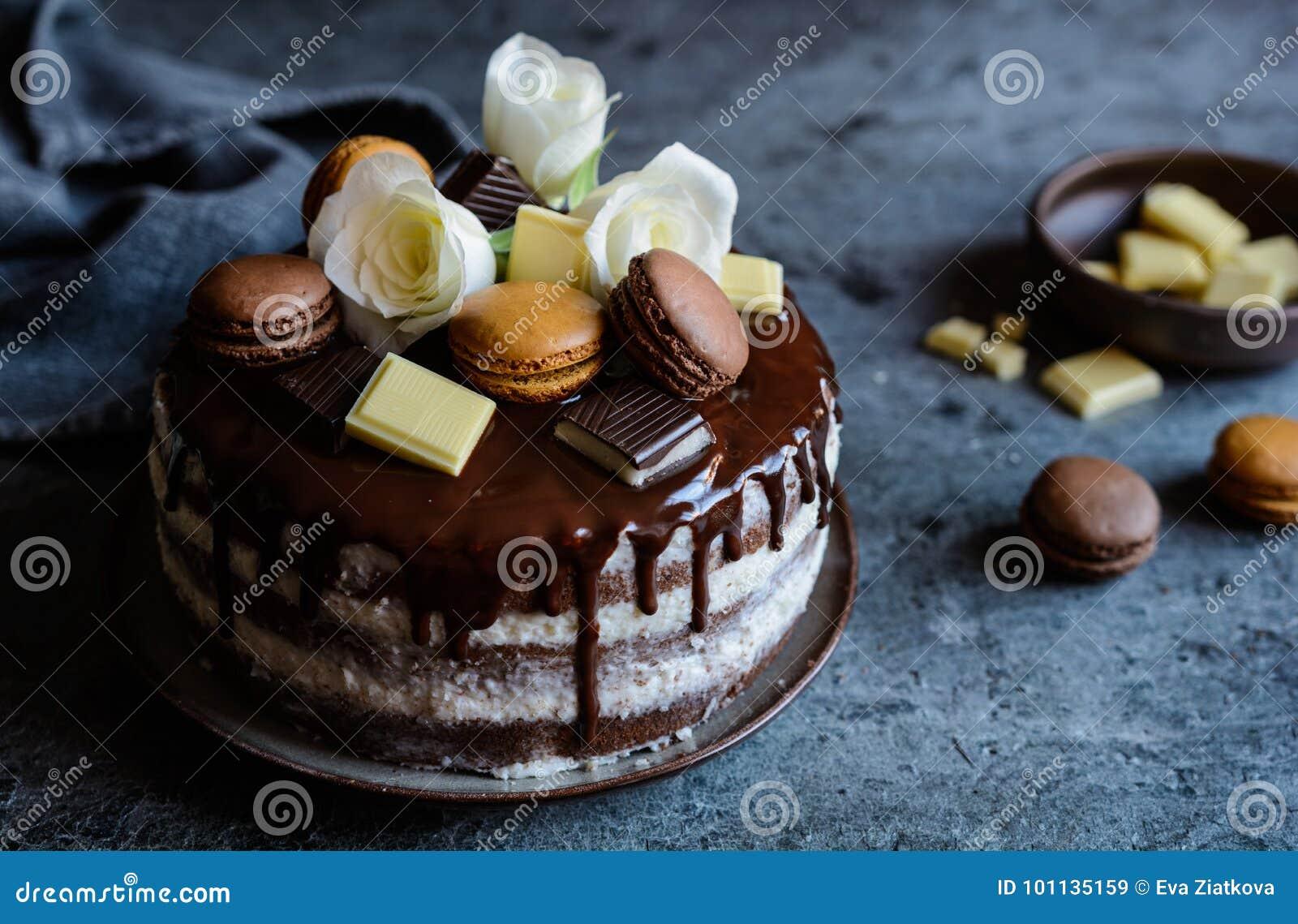 Nackter Kuchen Gefullt Mit Mascarpone Creme Uberstiegen Mit