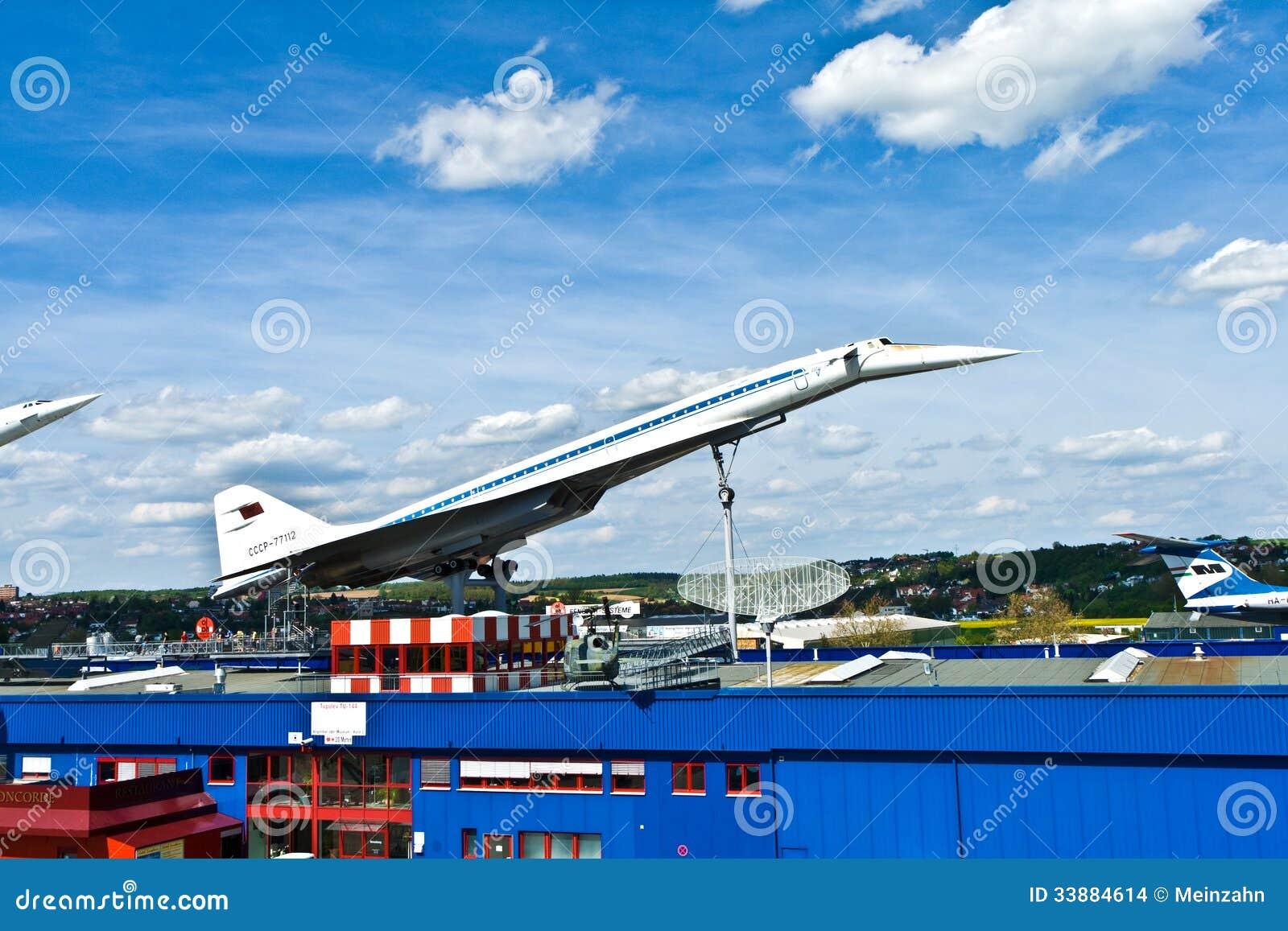 Naddźwiękowy samolotu Tupolev TU-144