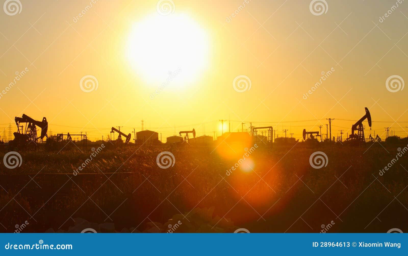 Nafciana pompa przeciw położenia słońcu
