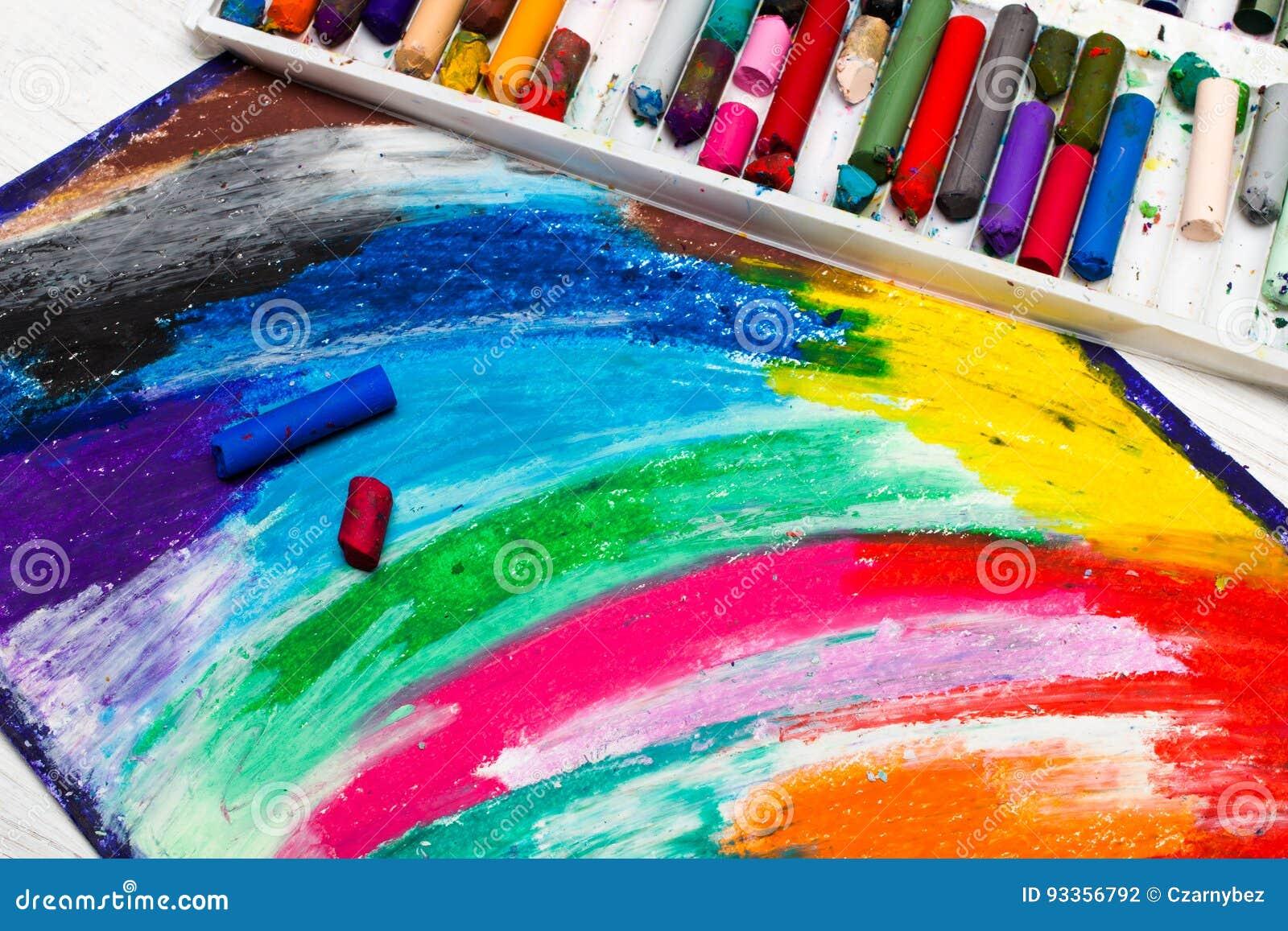 Nafciany pastelu rysunek, kredki i