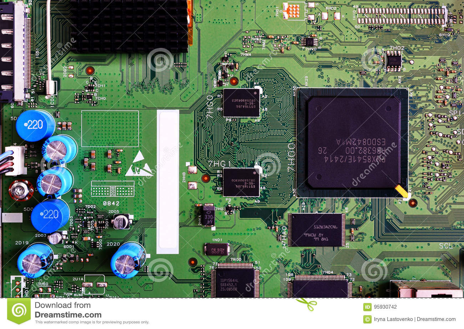 Nahaufnahme des Brettes der elektronischen Schaltung grüne Farb