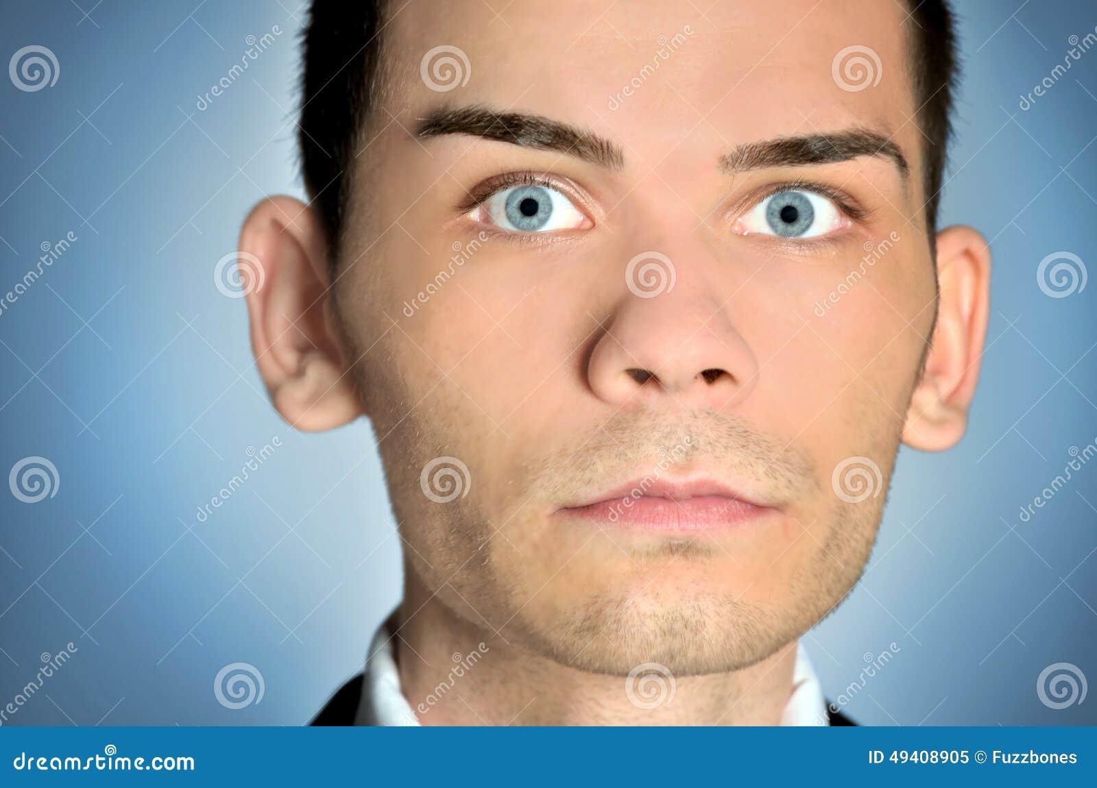 Download Nahaufnahme Des Mannes Der Blauen Augen Stockbild - Bild von nahaufnahme, schön: 49408905