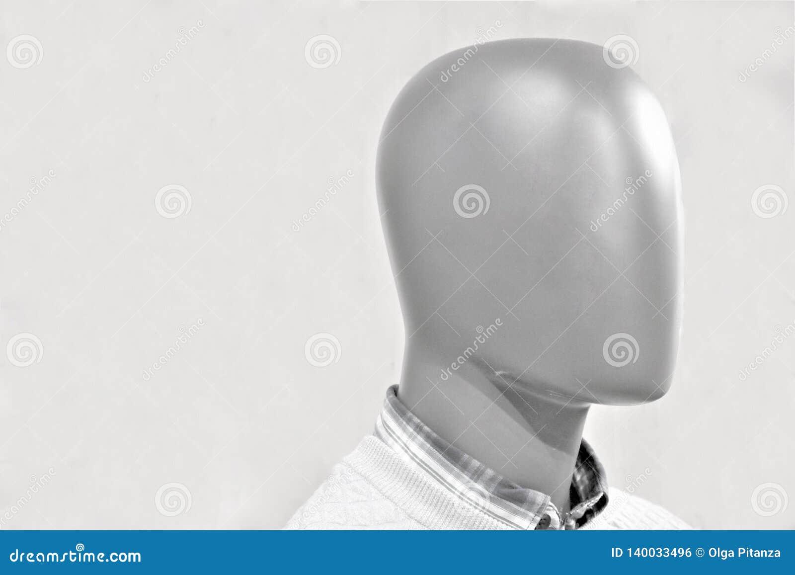 Nahaufnahme eines Plastikmannequinkopfes
