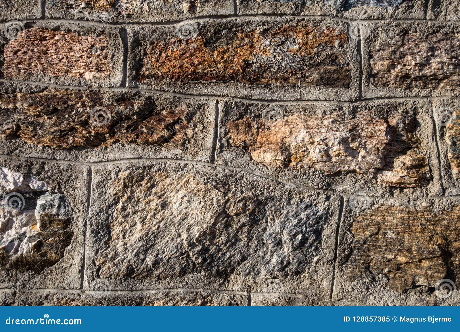 Nahaufnahmedetails der natürlichen Felsenwand im Gebirgsschutz