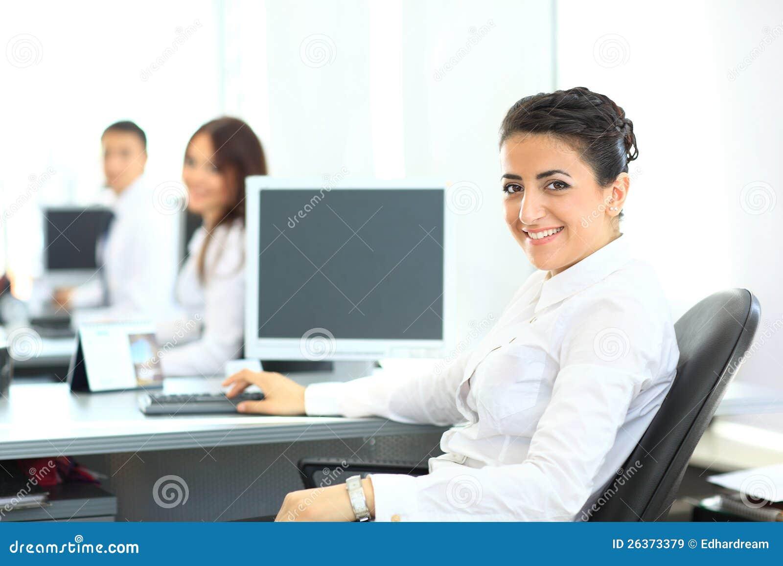 Nahaufnahmeporträt der Geschäftsfrau