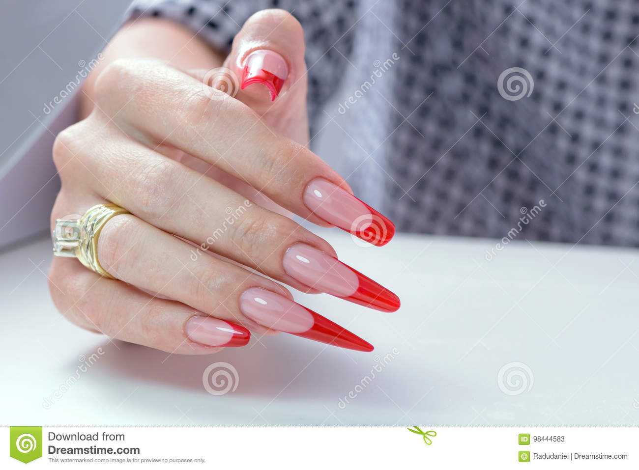 Download Nail Polish Art Manicure Modern Style Red Black Gradient Beauty