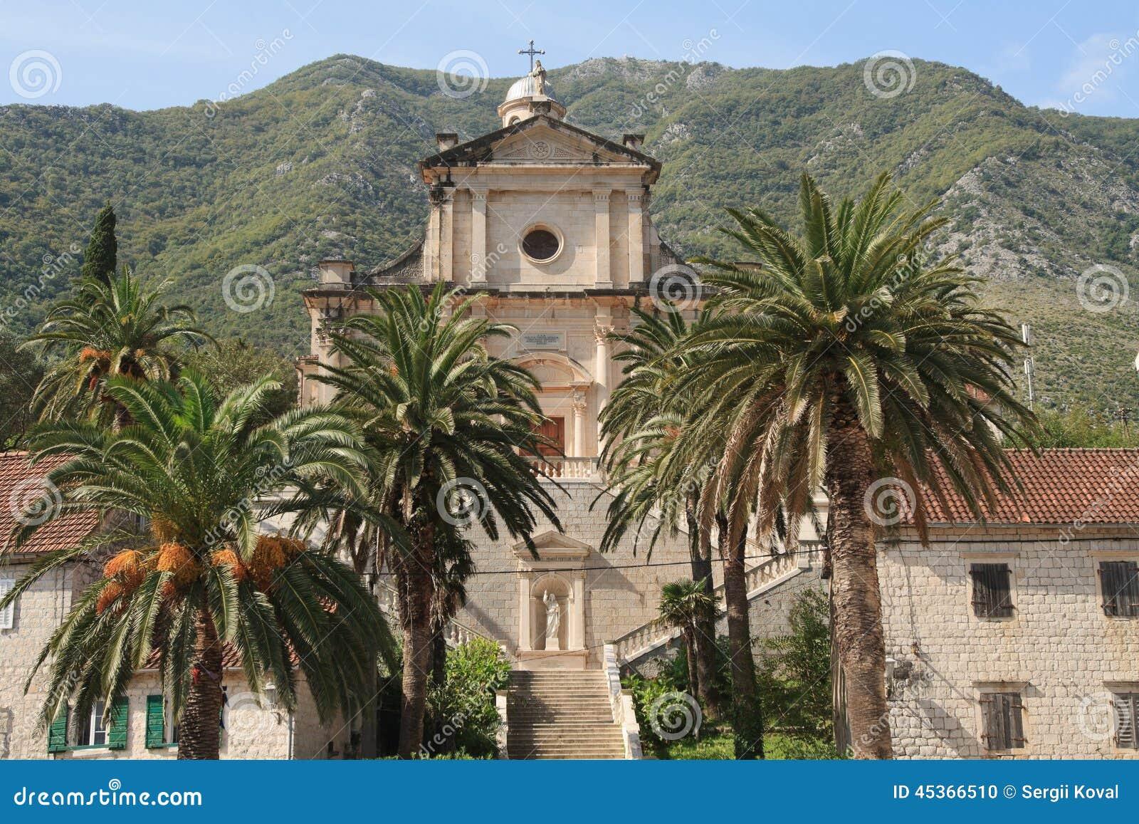 Naissance de notre église de Madame dans Prcanj, Monténégro