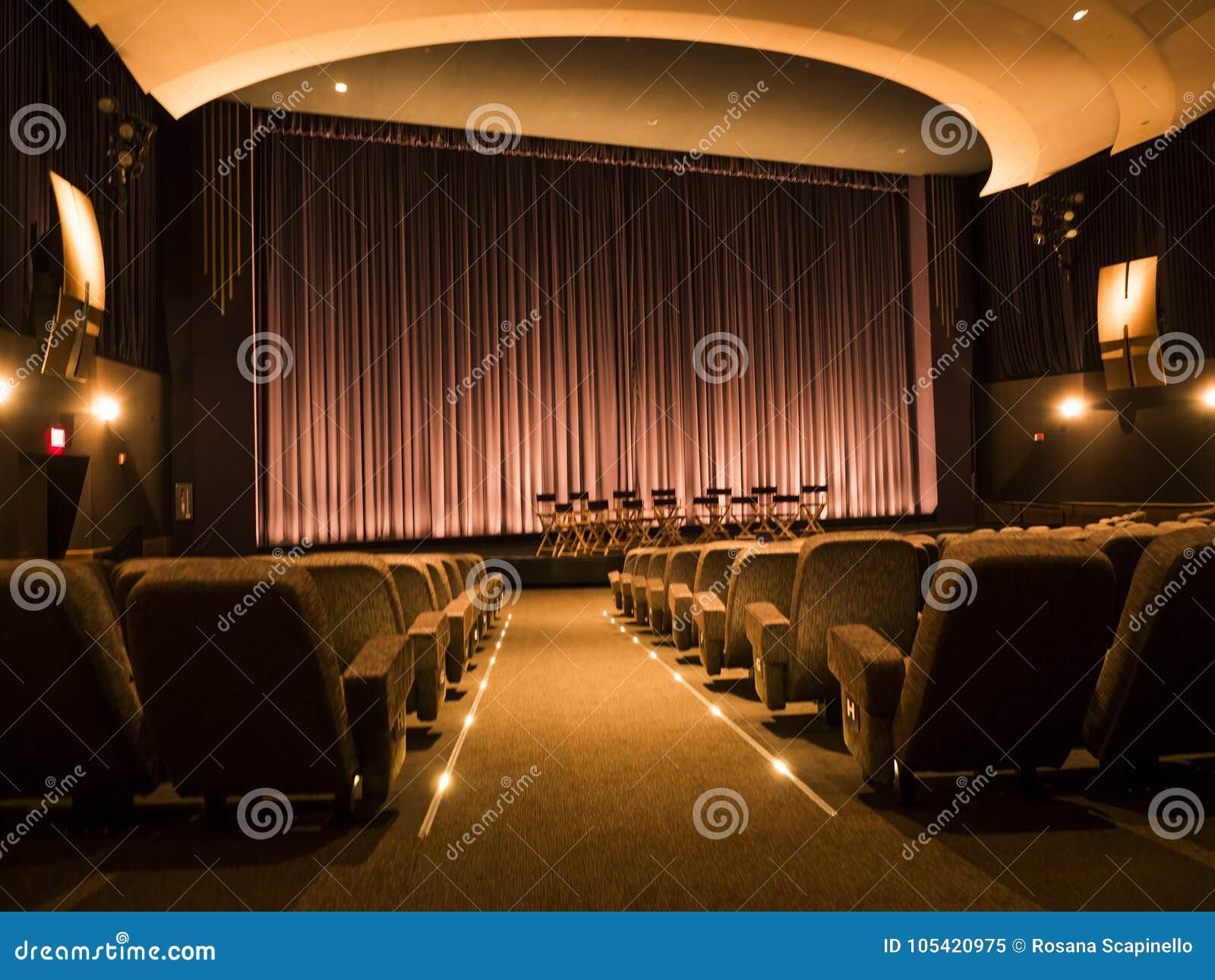 Najważniejsi studia Obrazują Theatre Hollywood wycieczkę turysyczną na 14th Sierpień, 2017 - Los Angeles, los angeles, Kalifornia