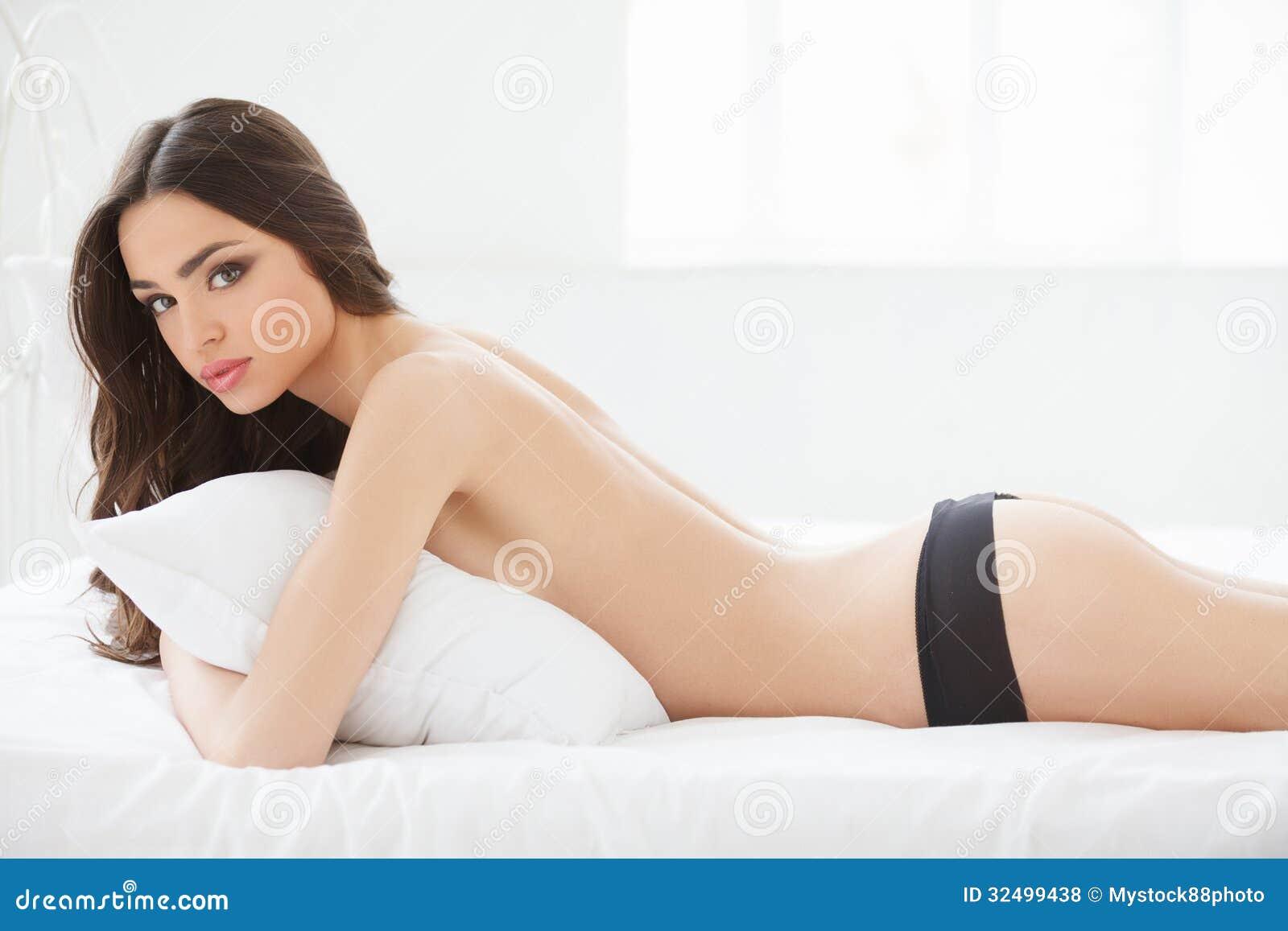 Woman Cummin All Over Guy