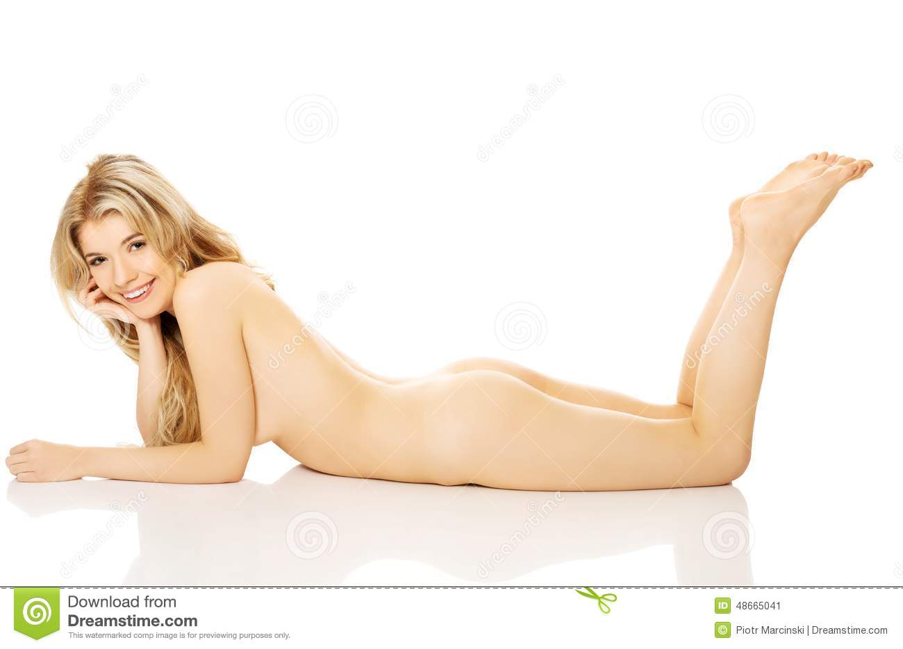 Topic Nude blonde women on knees for
