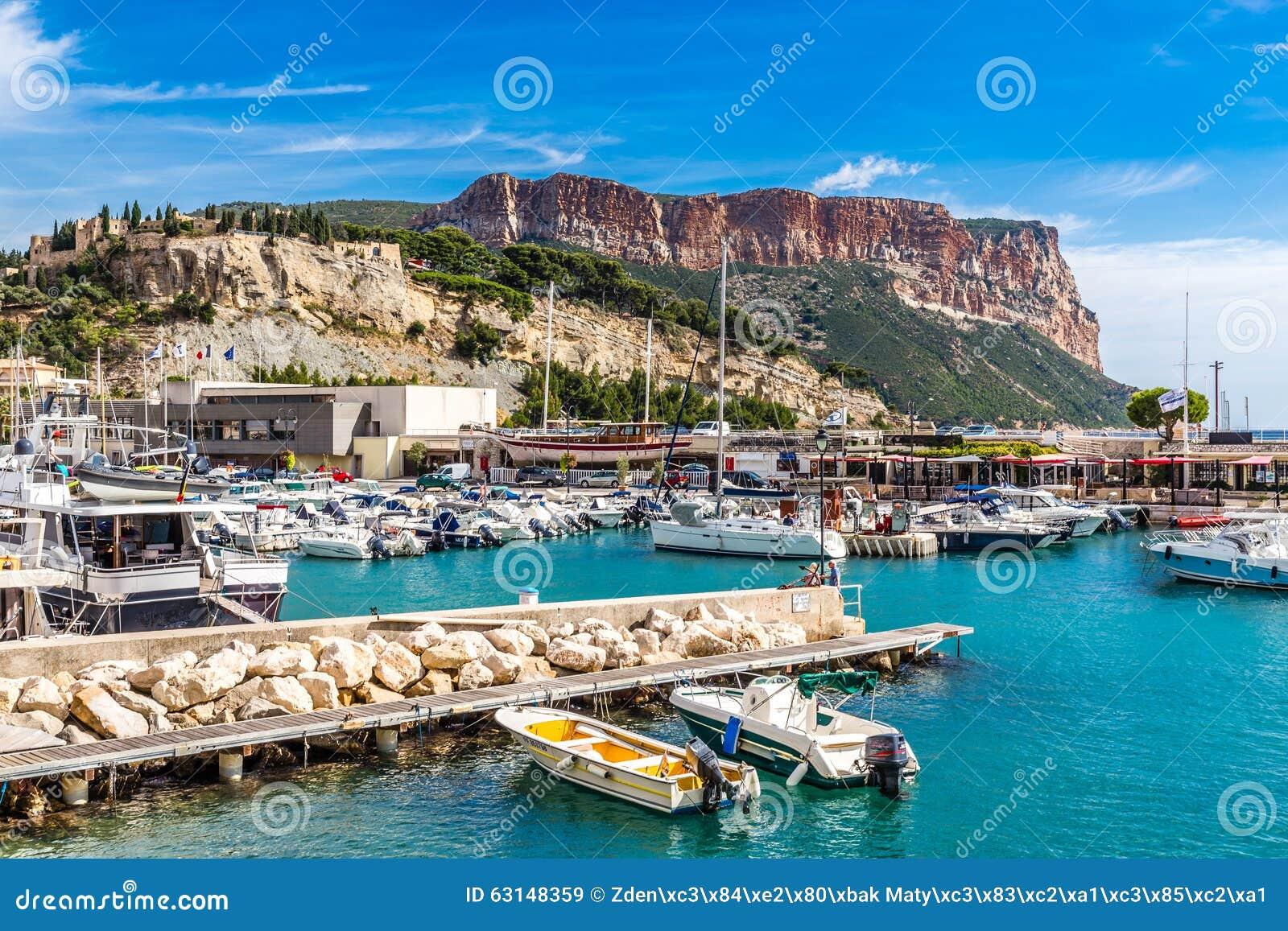 Nakrętka Canaille I łodzie W porcie Cassis, Francja
