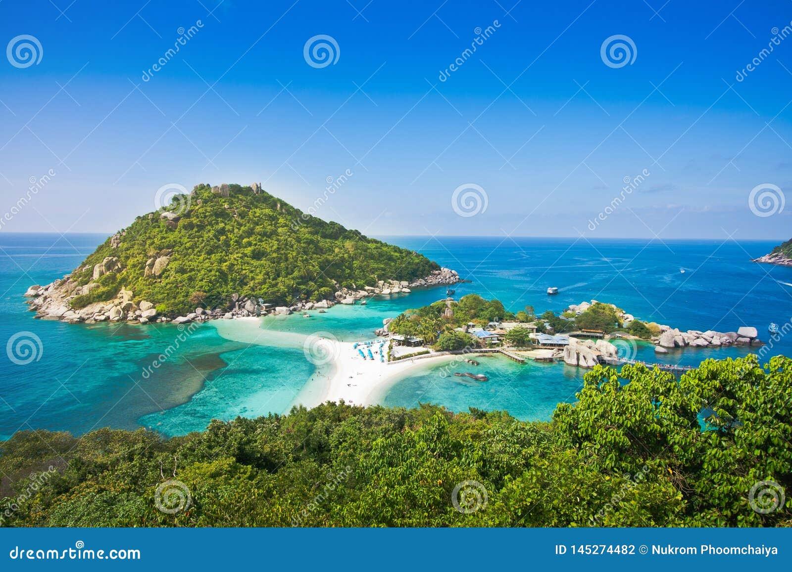 Nangyuan海岛最高的观点酸值的美好的自然风景背景的陶泰国