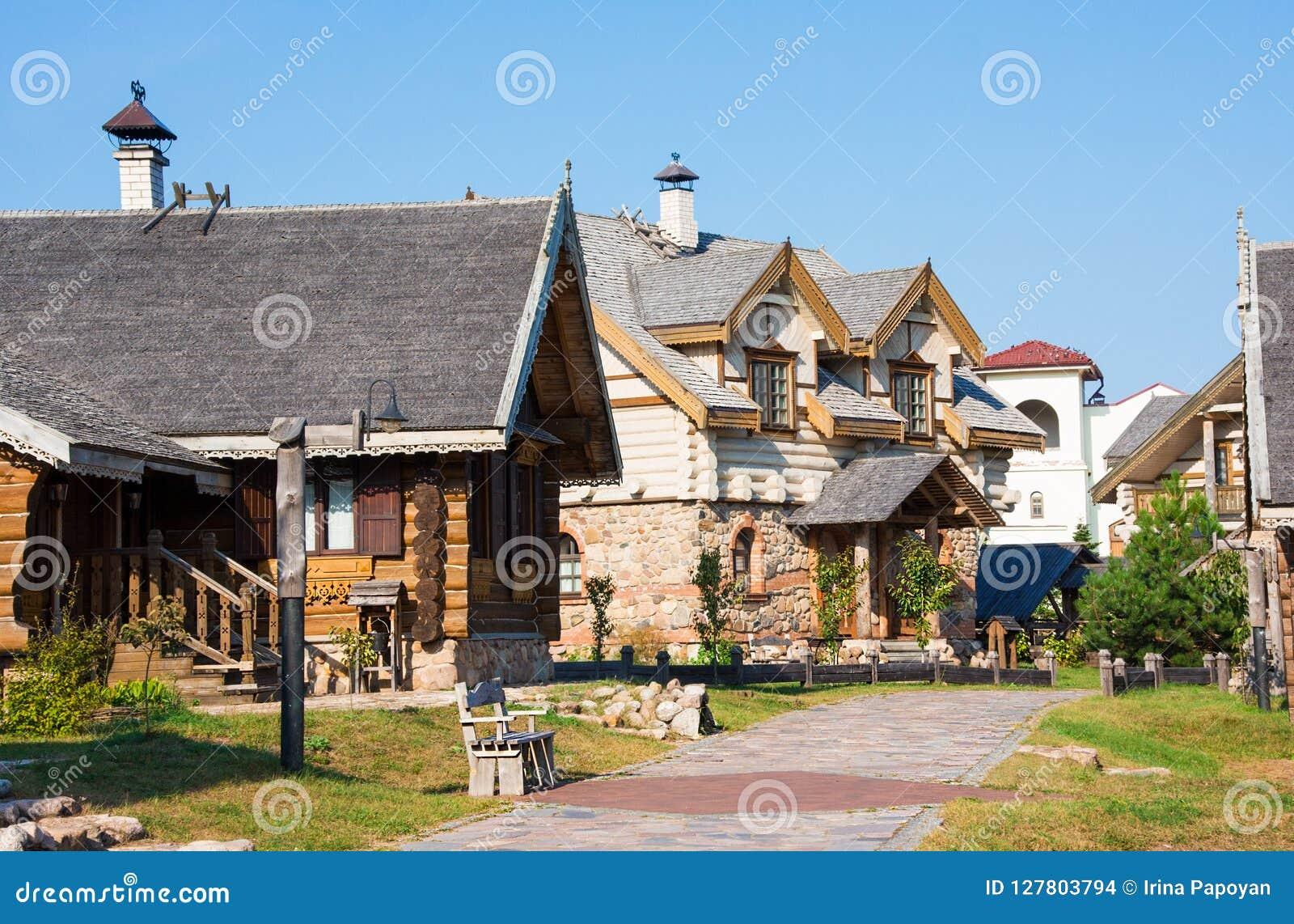 Nanosy-Novoselye complesso etnoculturale È complesso storico della ricreazione, che gli rende la posizione