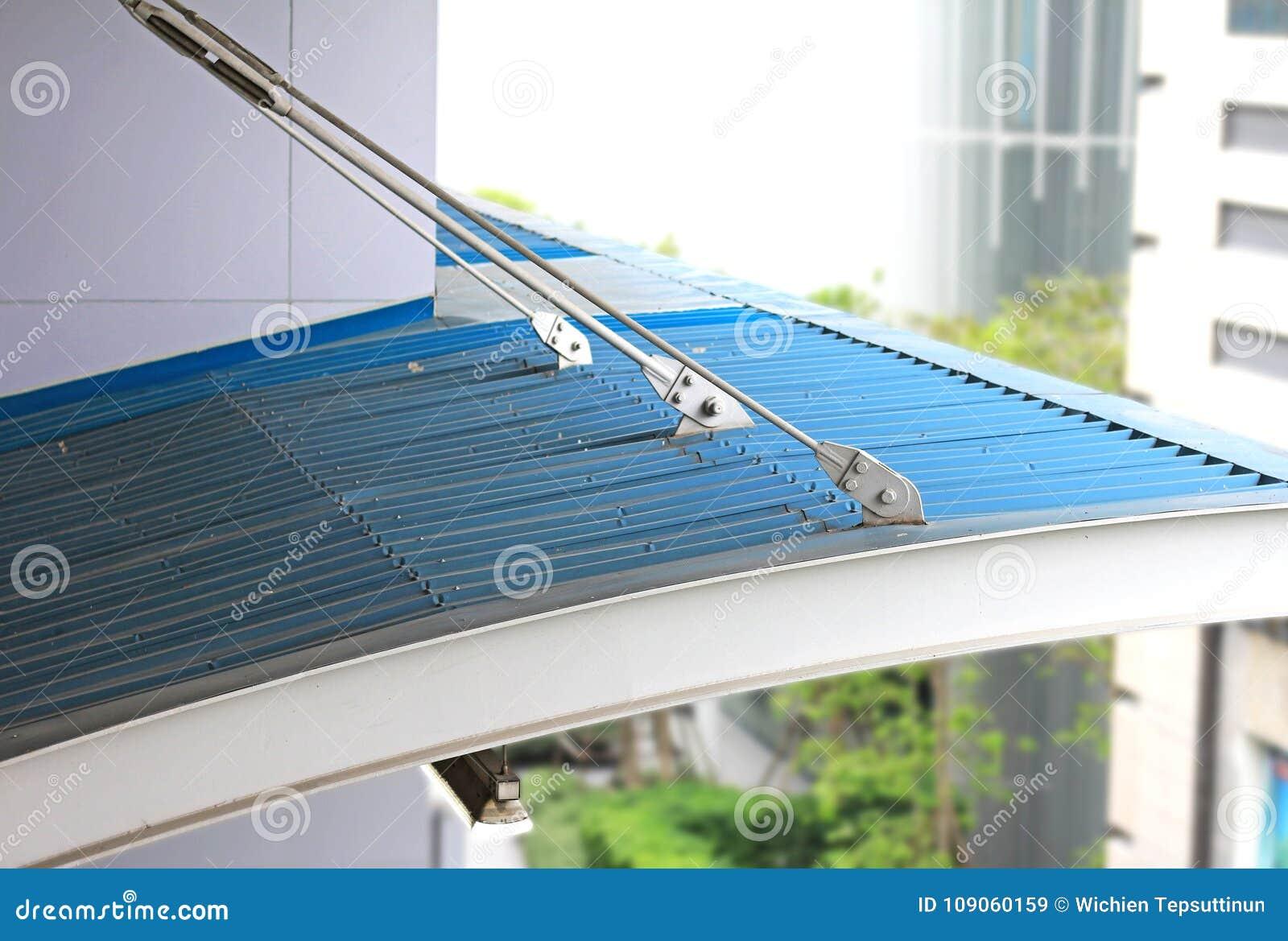 Napięcie Prącie dla zawieszenie dachu