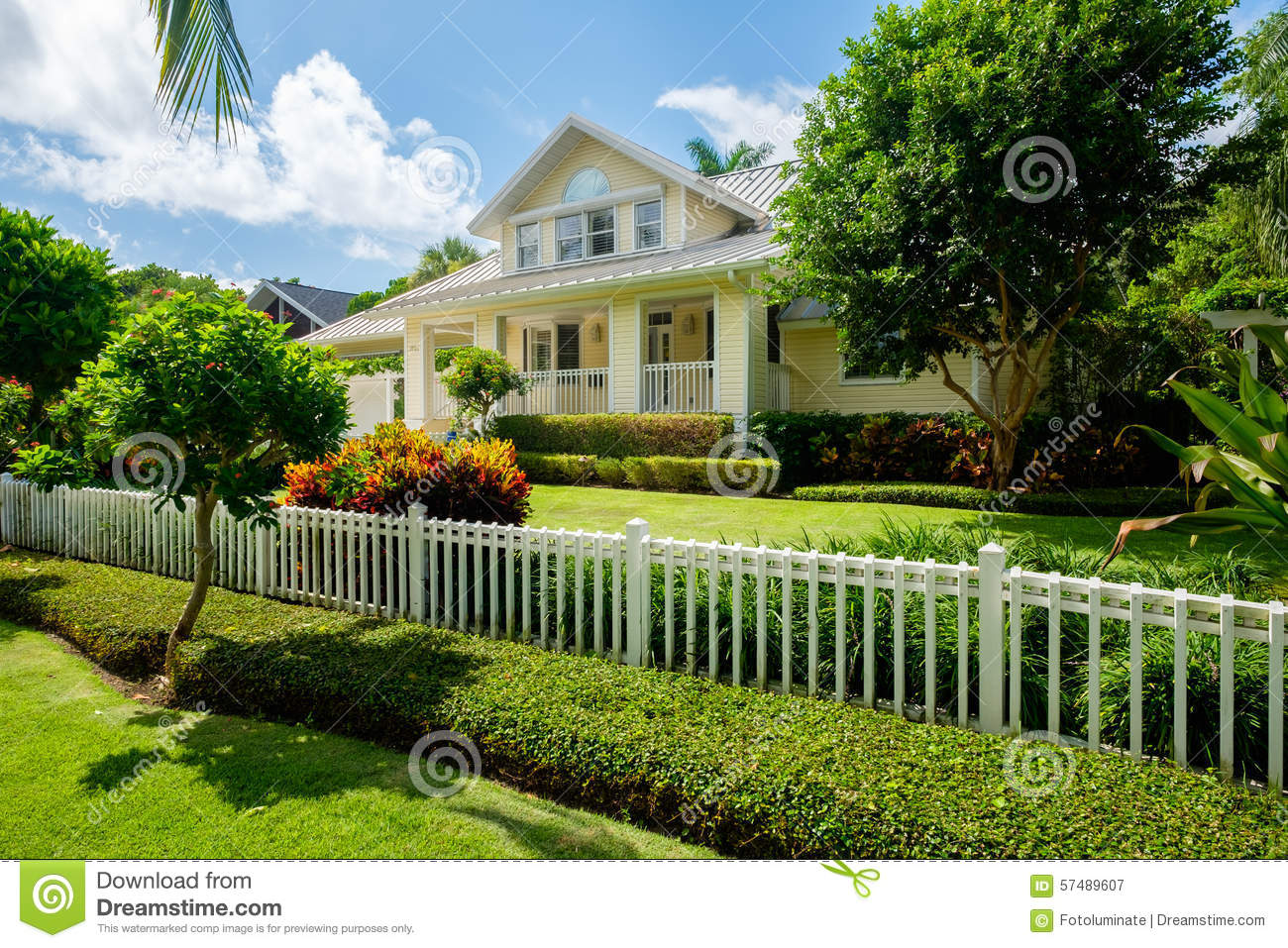Naples home editorial photography image 57489607 for Wood frame house in florida