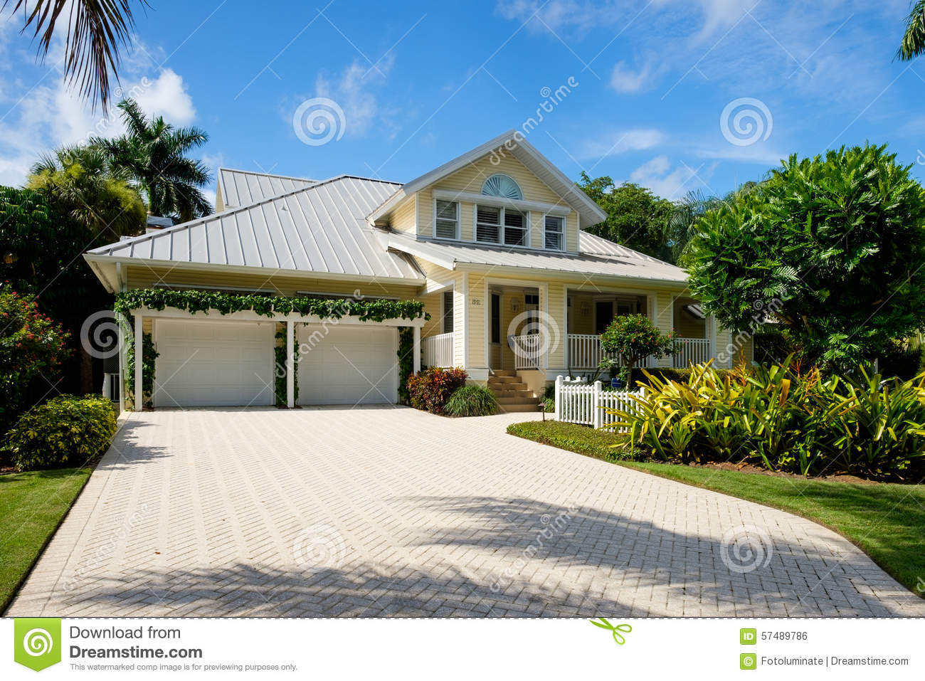Naples home editorial photo image of realty florida for Wood frame house in florida