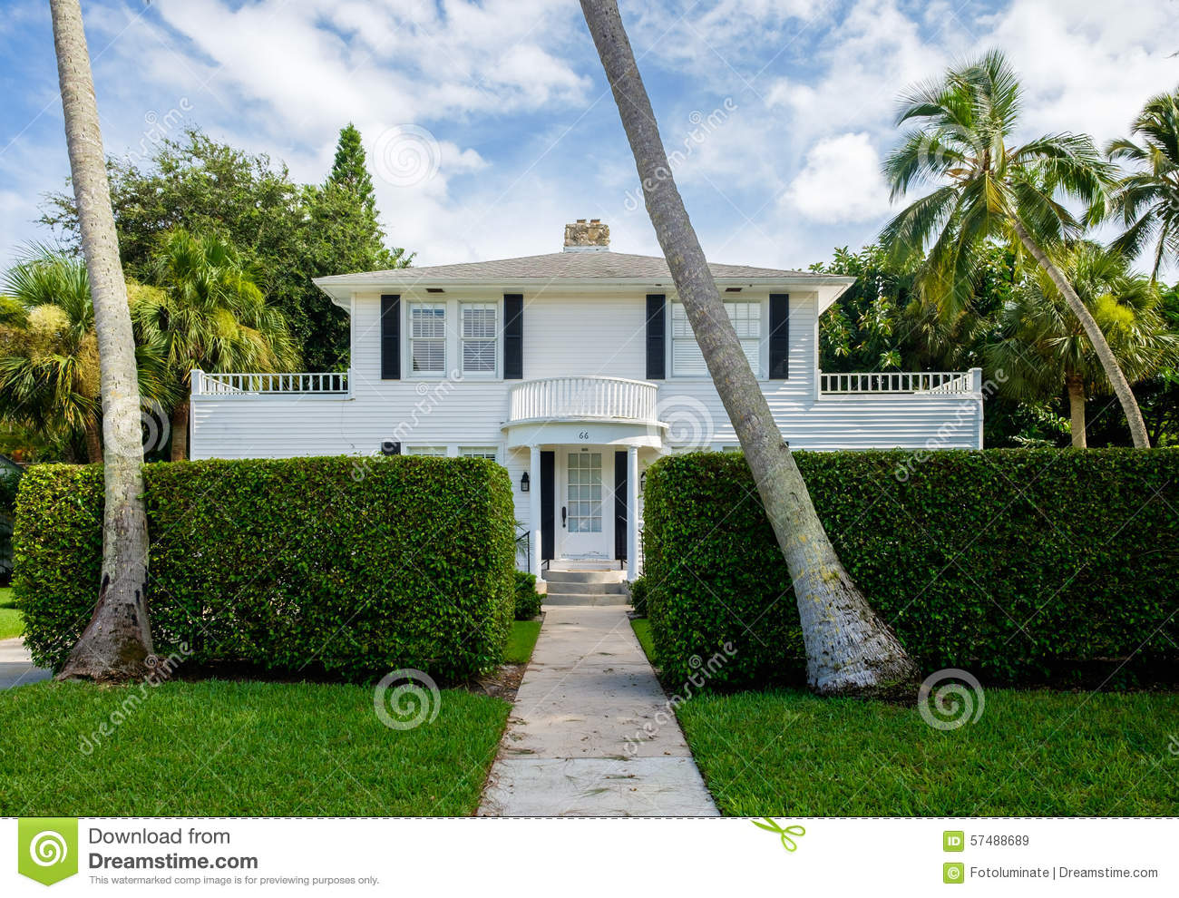 Naples home editorial stock image image 57488689 for Wood frame house in florida