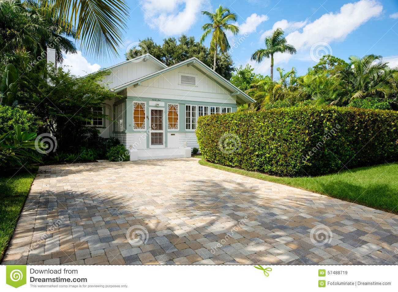 Naples home editorial stock image image 57488719 for Wood frame house in florida