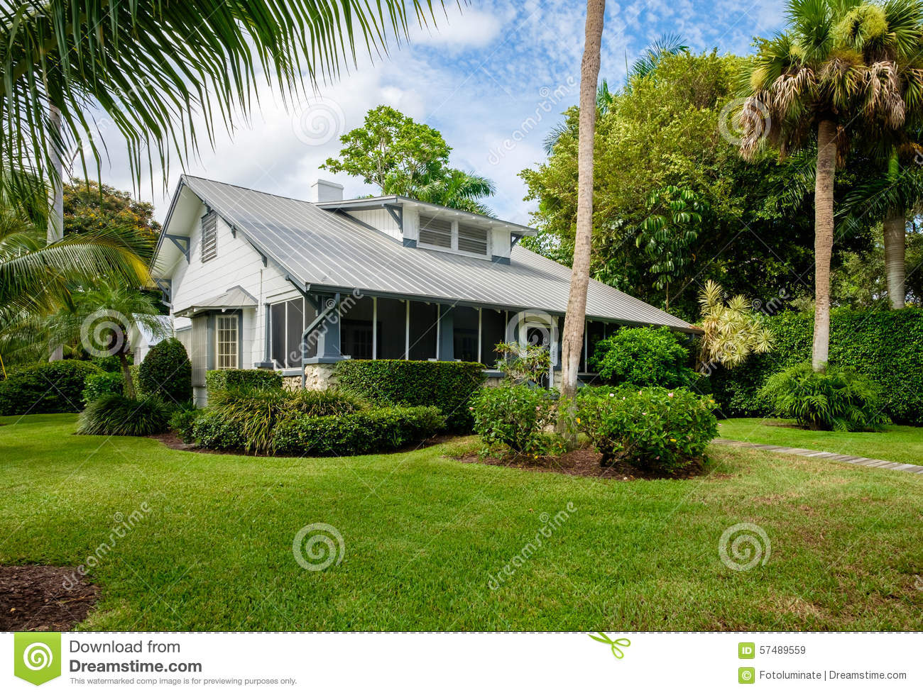Naples home editorial stock image image 57489559 for Wood frame house in florida