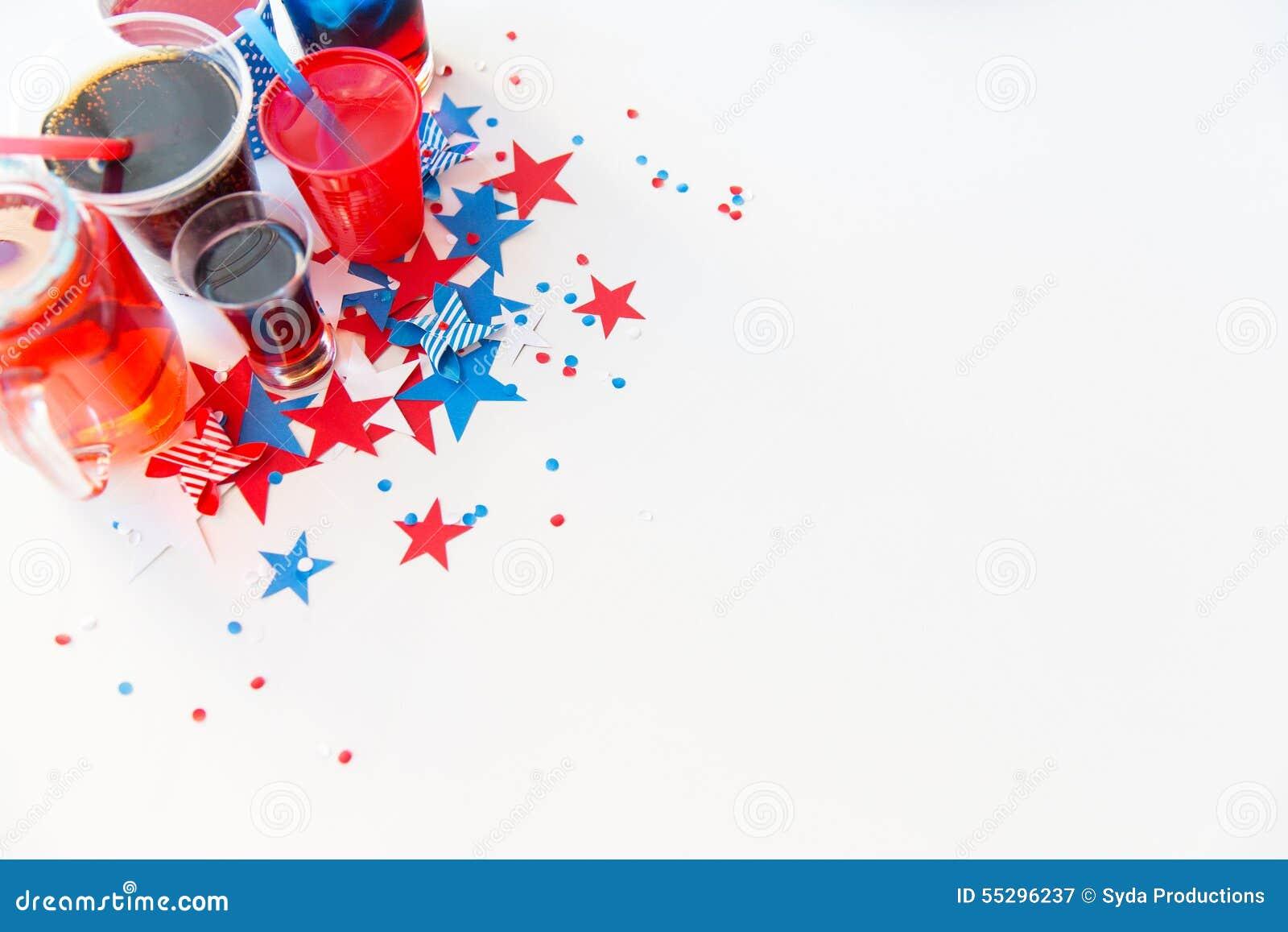 Napoje na amerykańskim dnia niepodległości przyjęciu
