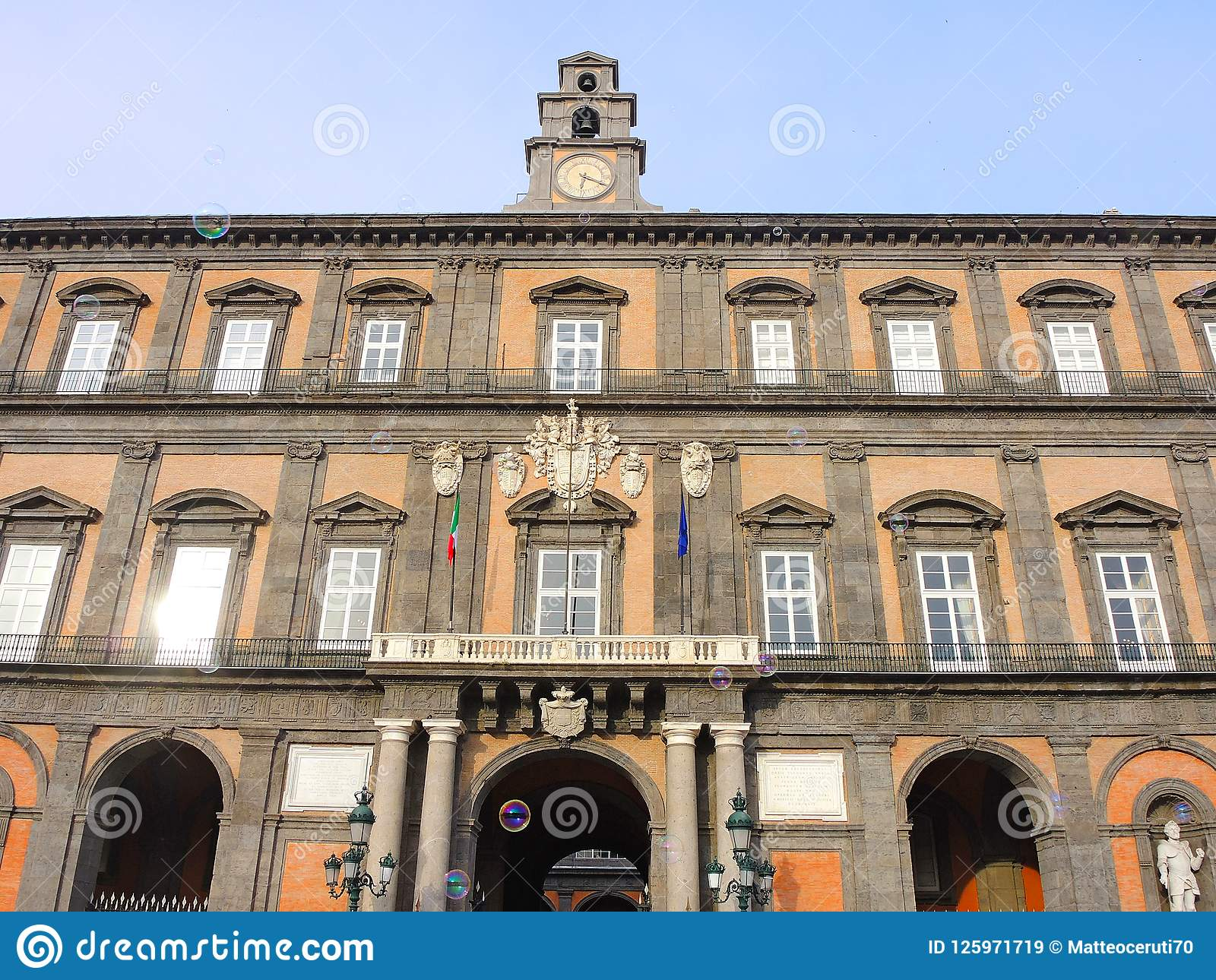 Napoli, Italië Landschap in beroemd Royal Palace van Napels