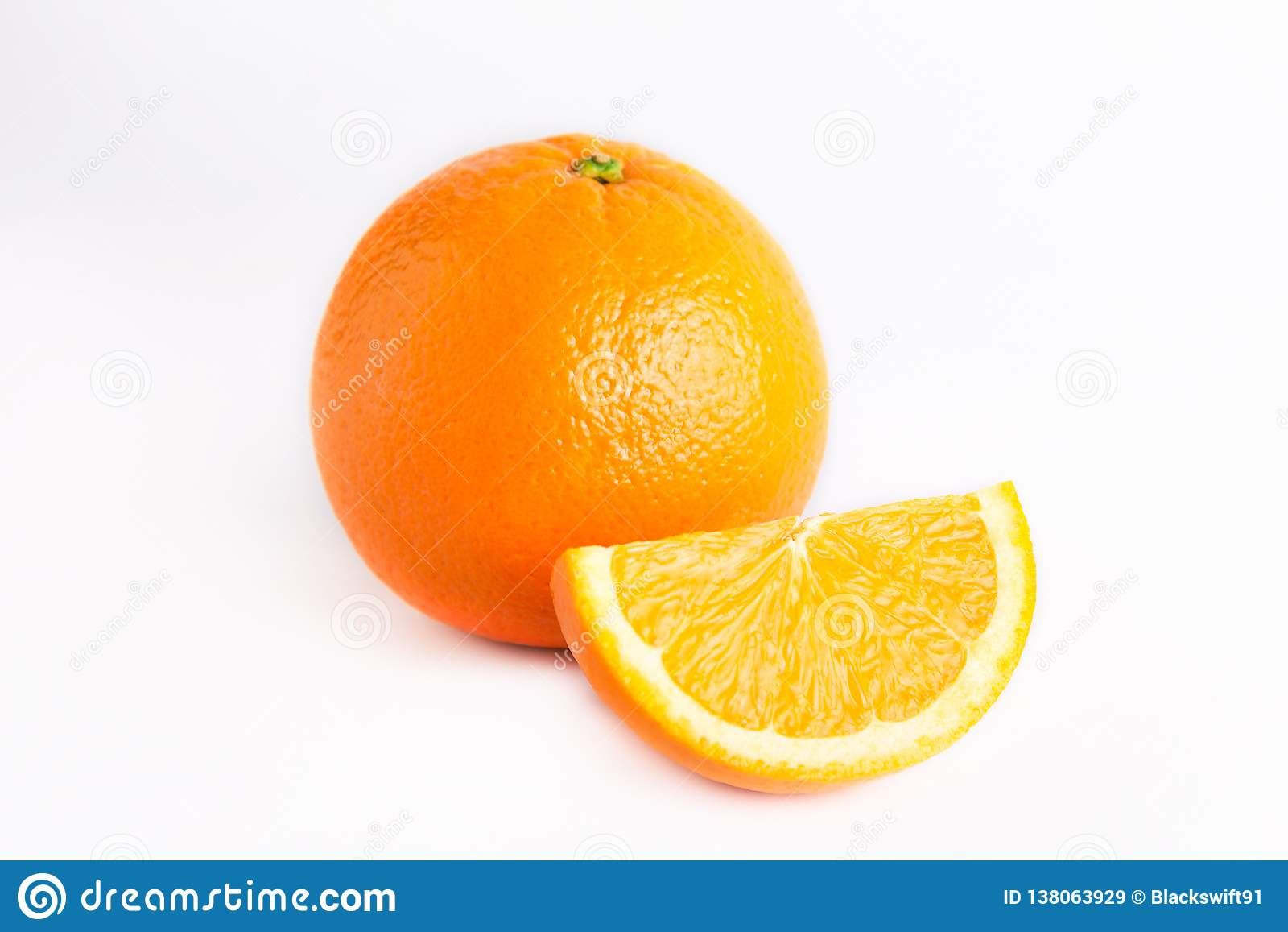 Naranja jugosa fresca y un lóbulo