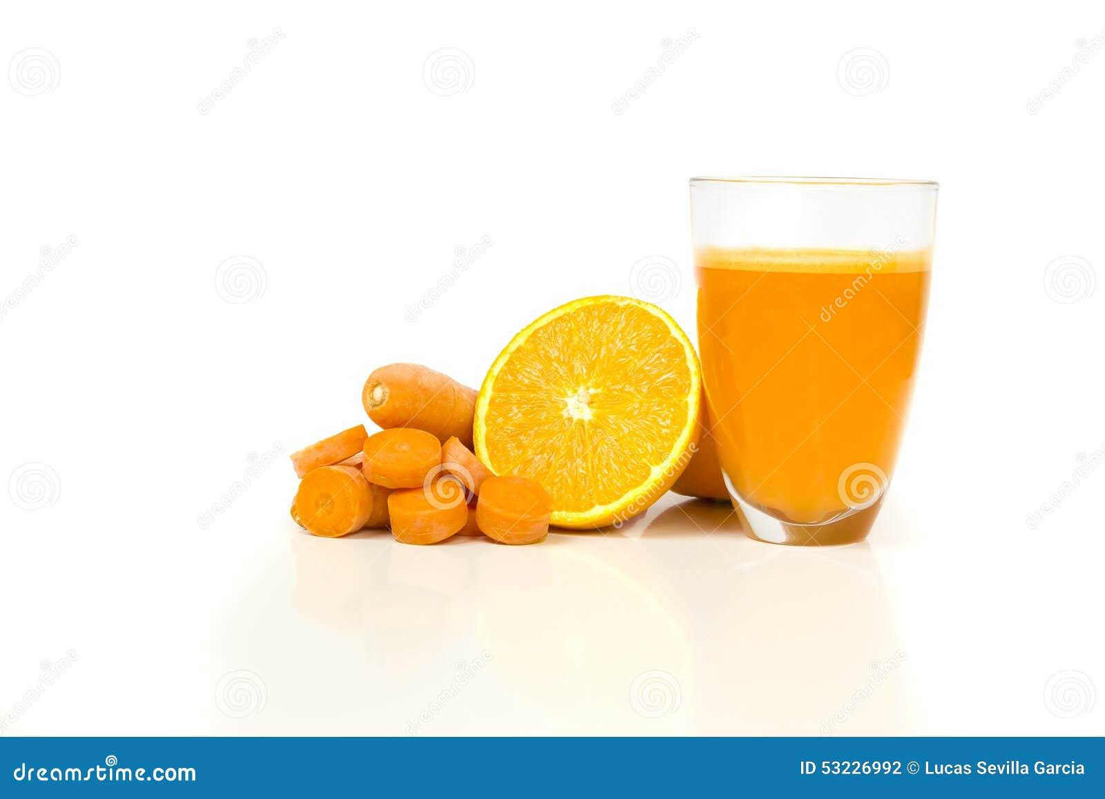 Naranja y jugo de zanahorias