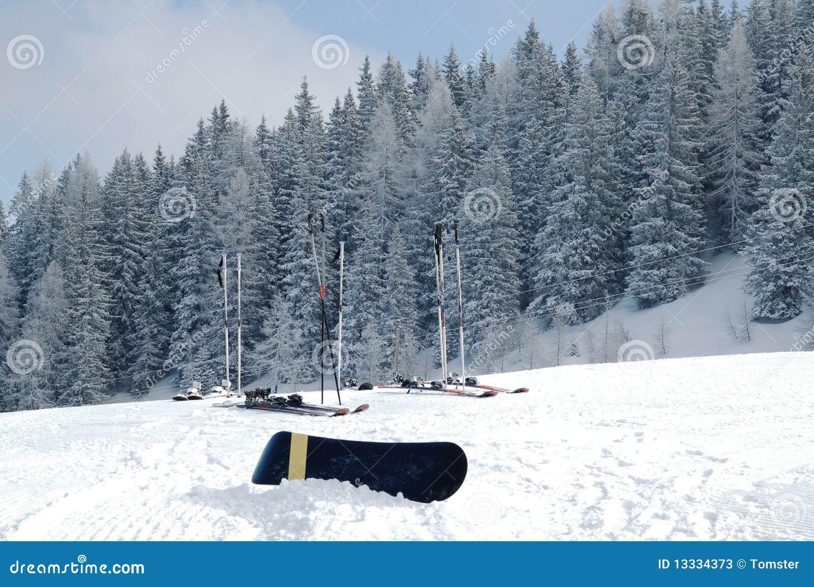 Narciarski snowboard