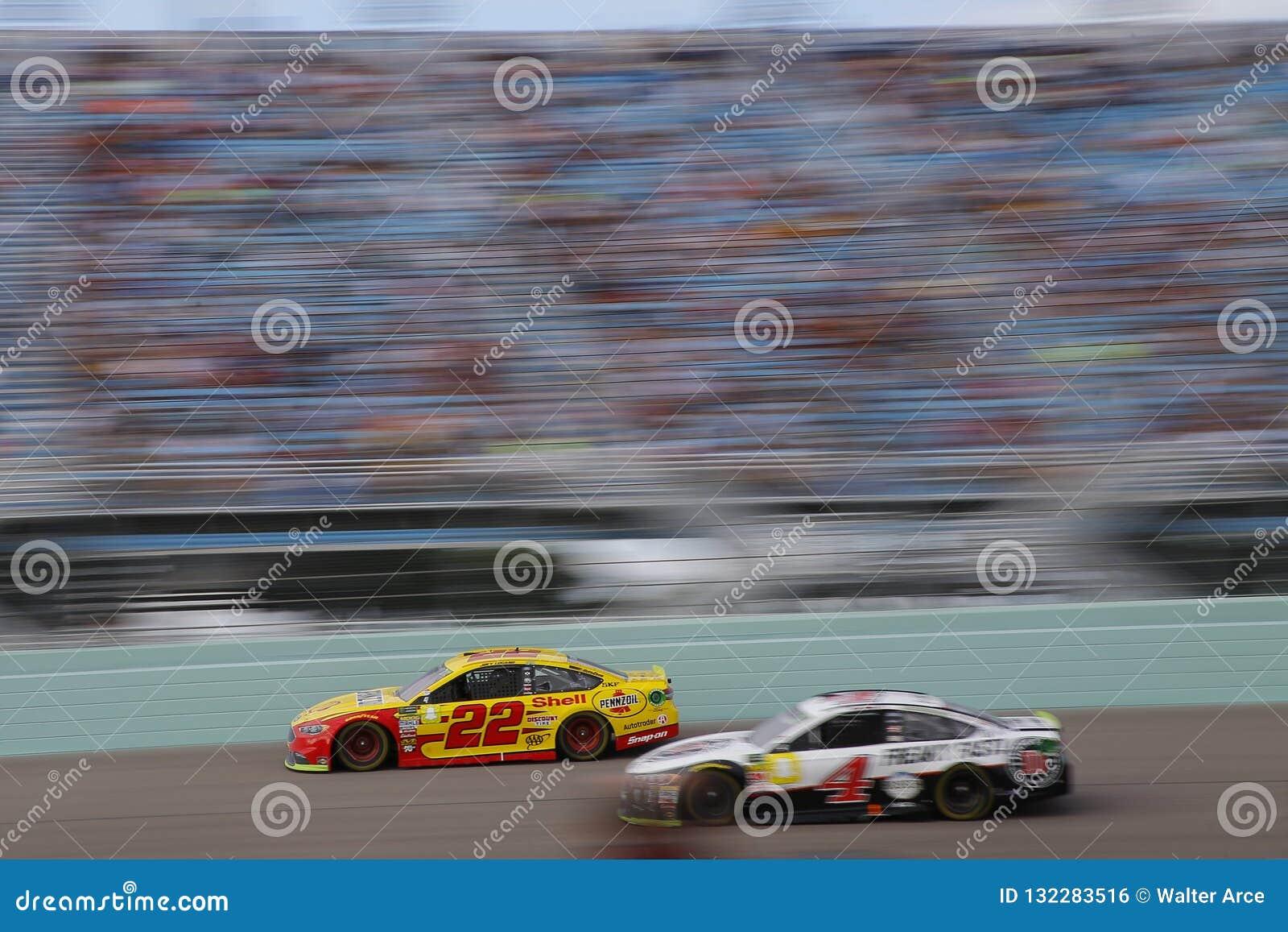 NASCAR: 18-ое ноября Форд 400