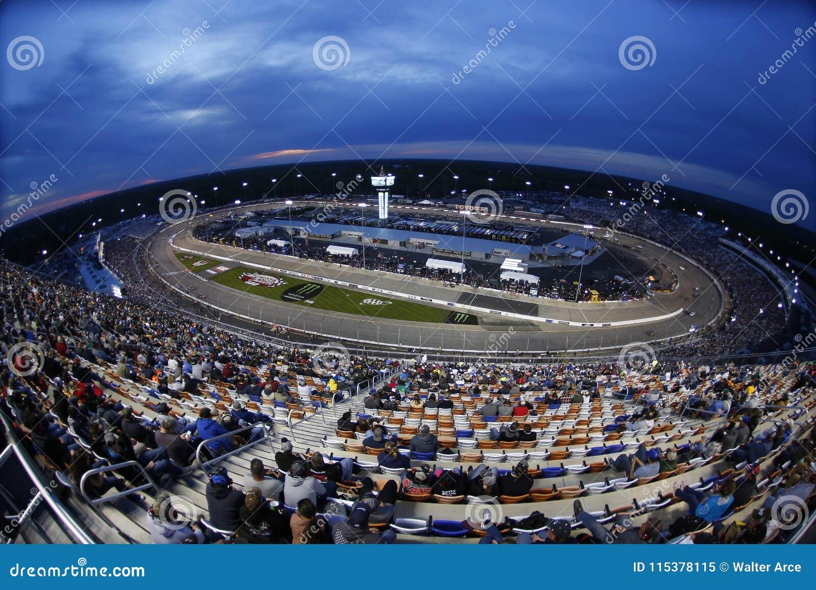 NASCAR :4月21日丰田所有者400