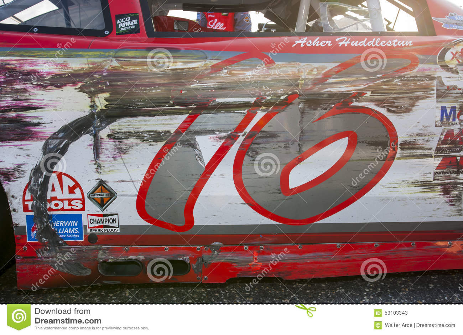 NASCAR :9月05日VFW体育夹子帮助一个英雄200
