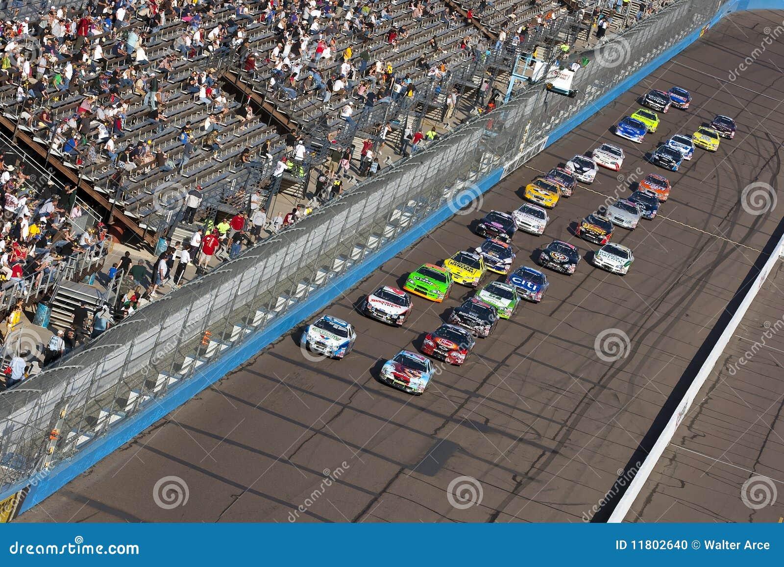 NASCAR: 14 november Bekwame Arbeid 200 van het Lichaam