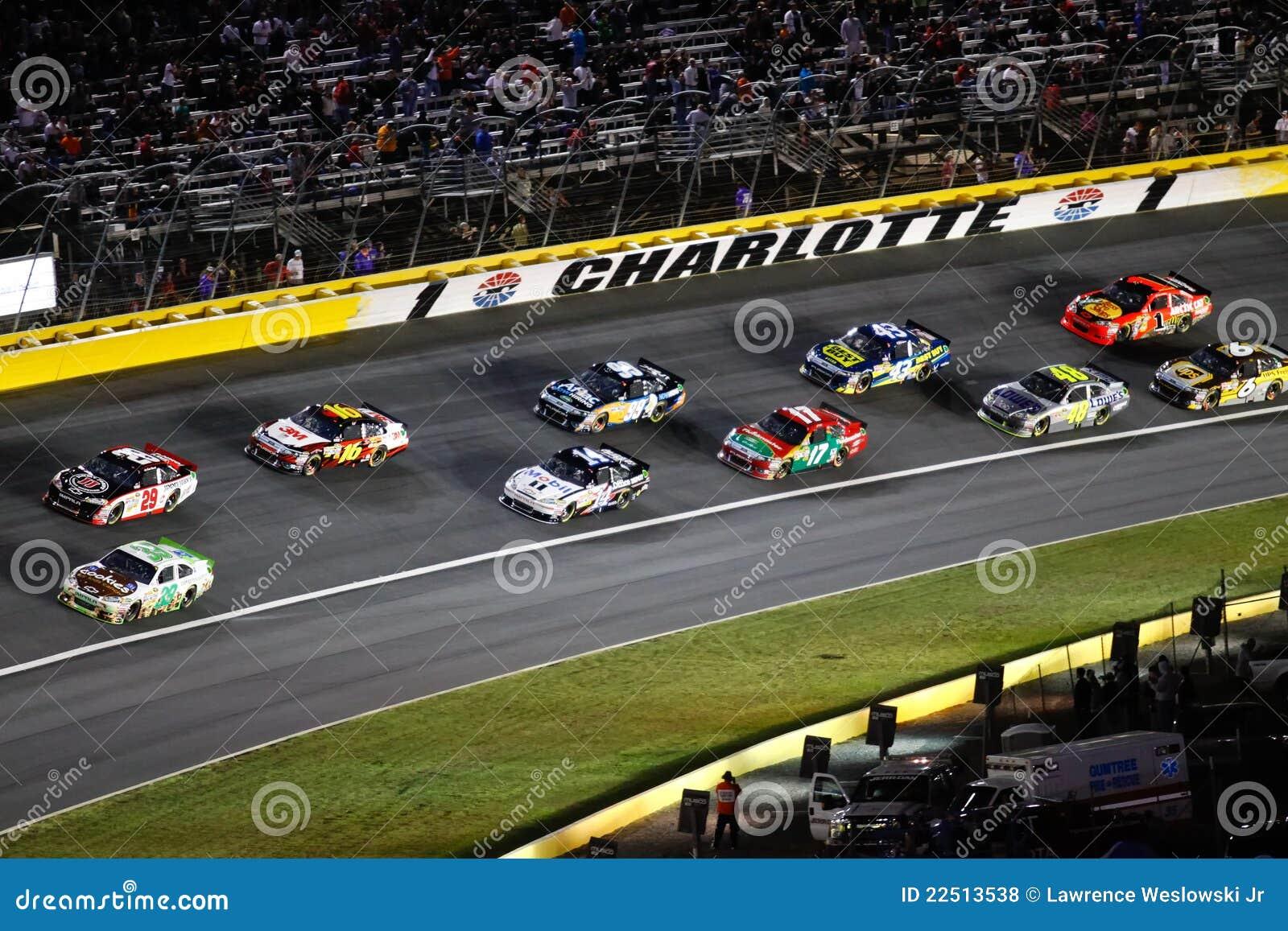 NASCAR - Autos der Reihe nach 1 in Charlotte
