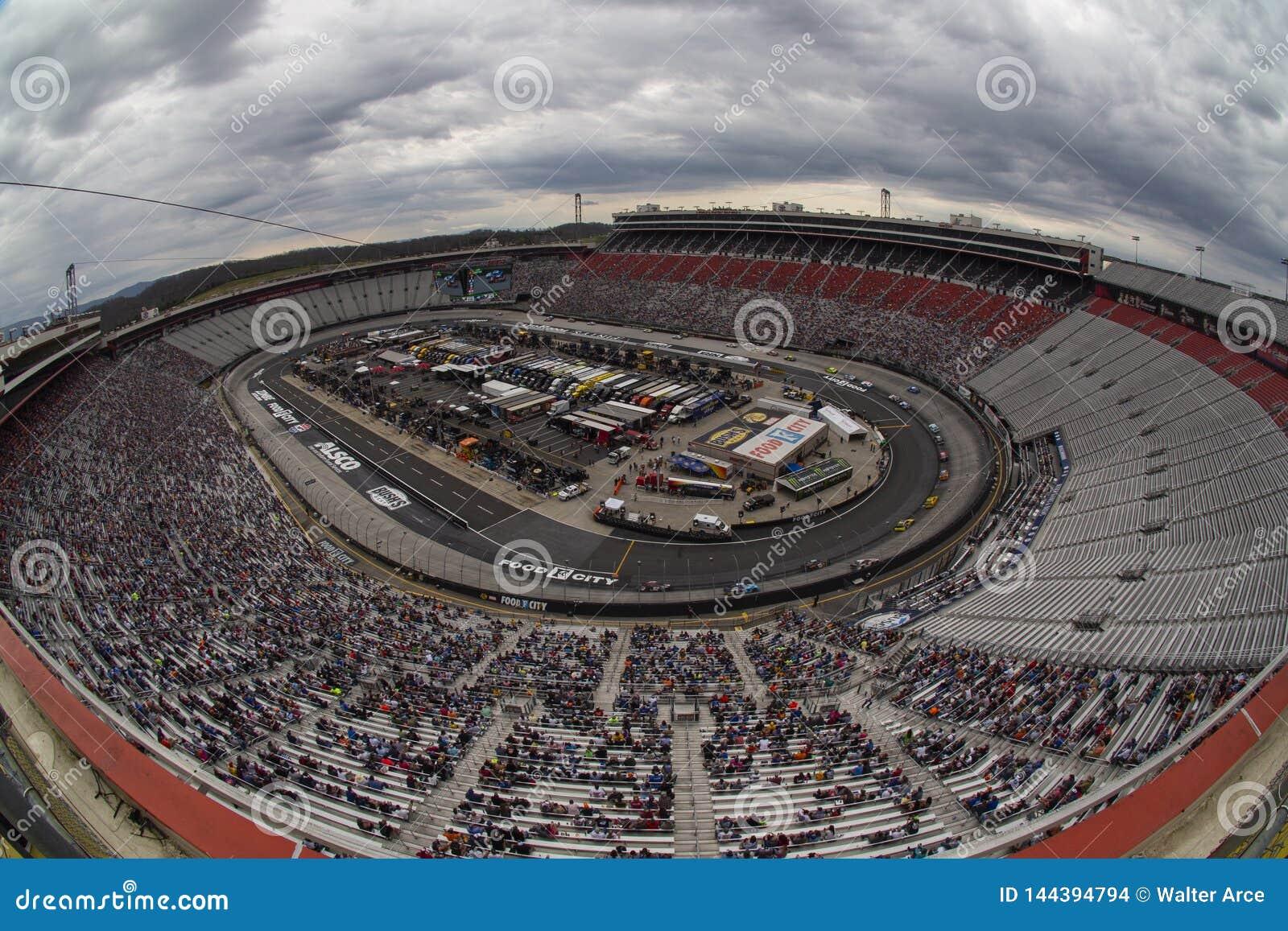 NASCAR: Cidade 500 do alimento do 7 de abril