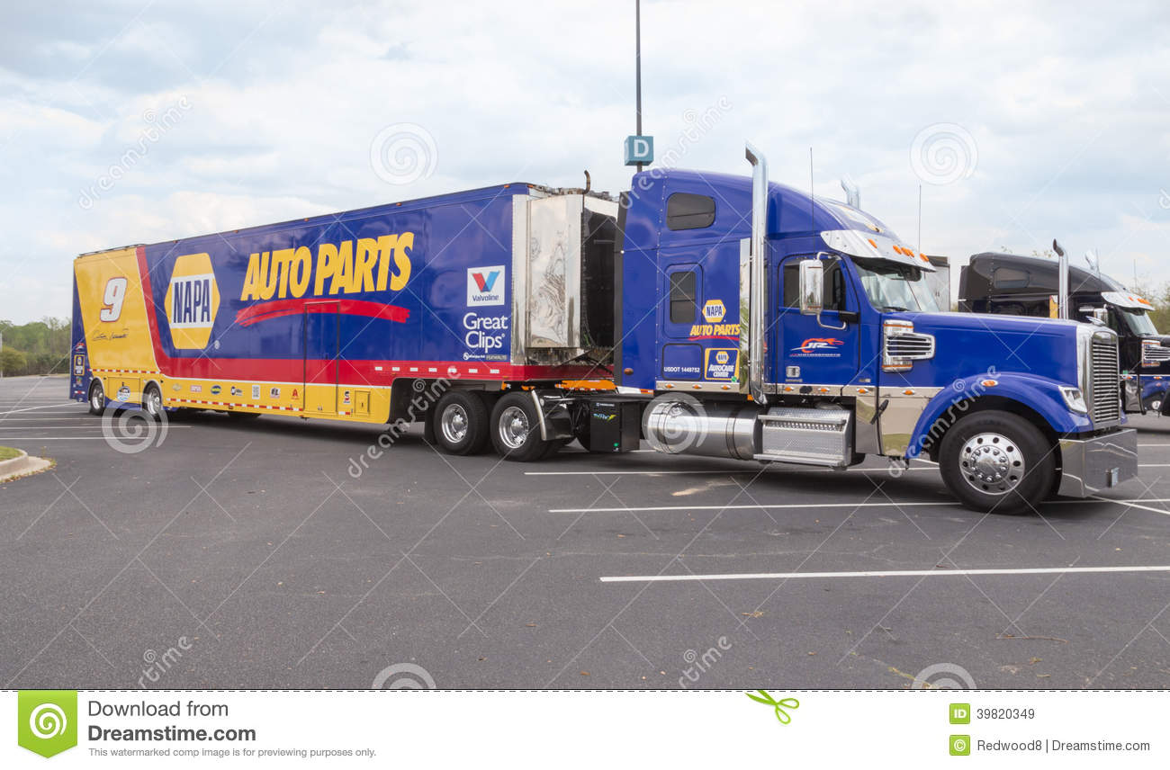The road with nascar hauler pictures of themed 18 wheelers pinterest nascar rigs and kyle busch